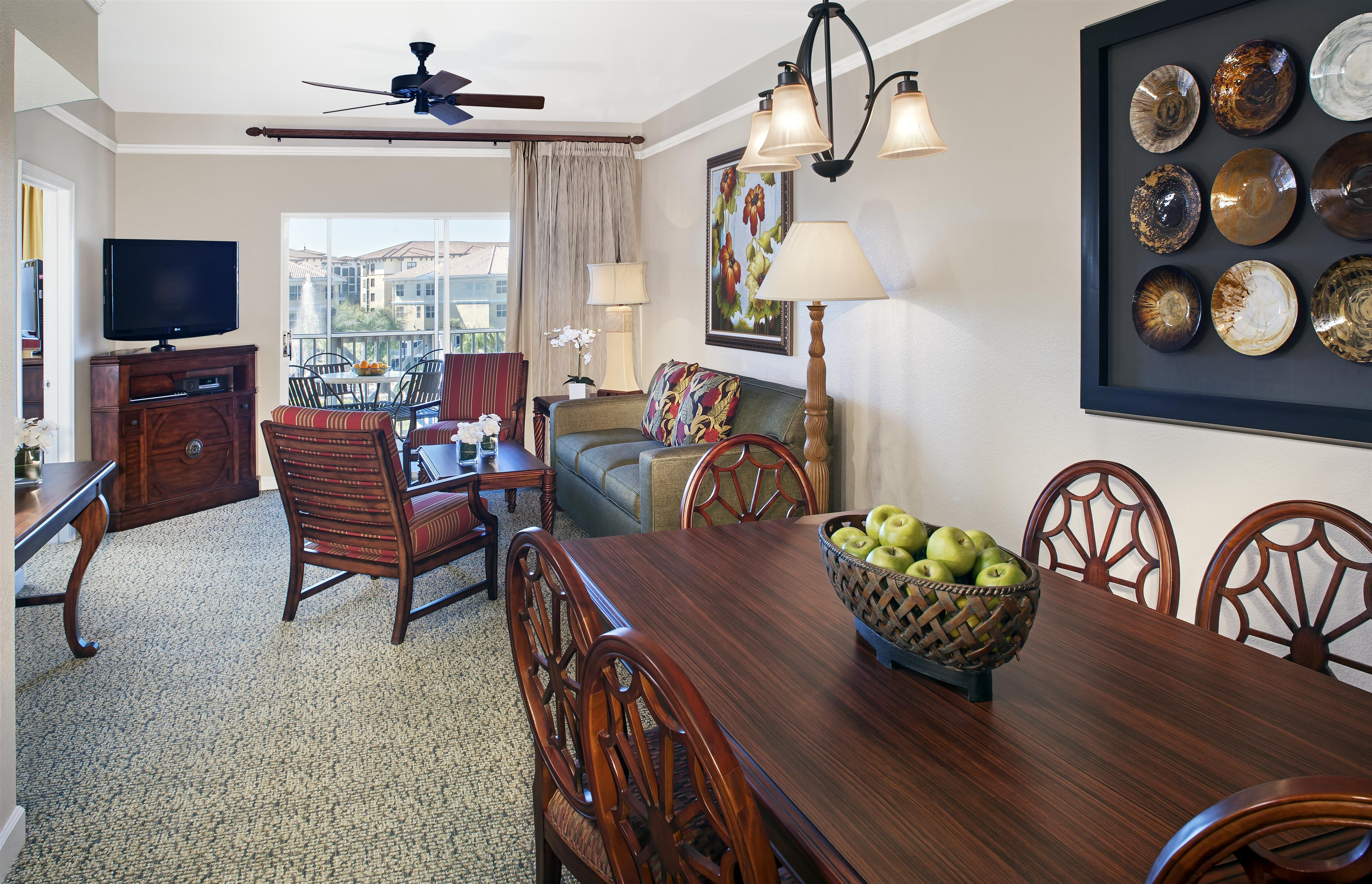 Bella Phase Dining/Living Room