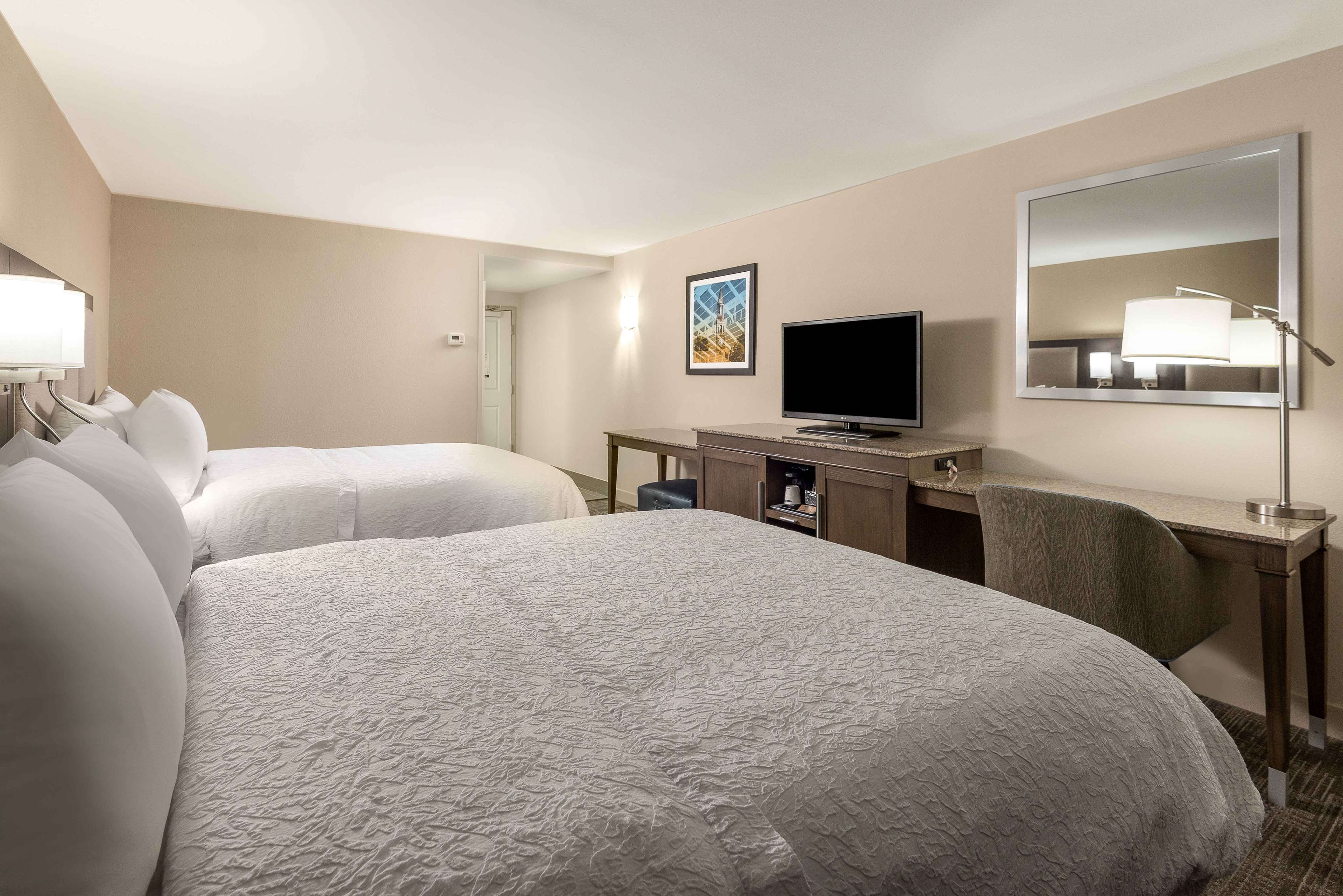 Hampton Inn & Suites Chapel Hill/Durham, Area image 10