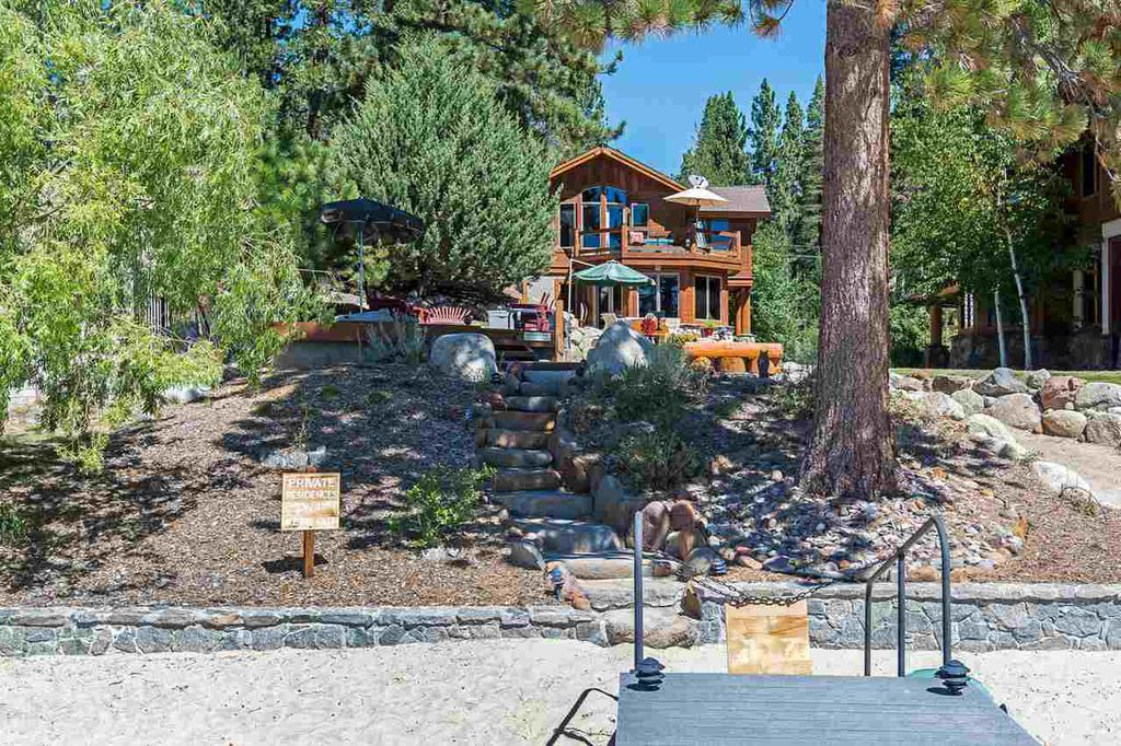 Bill & Nora Leeder | Oliver Luxury Real Estate image 4