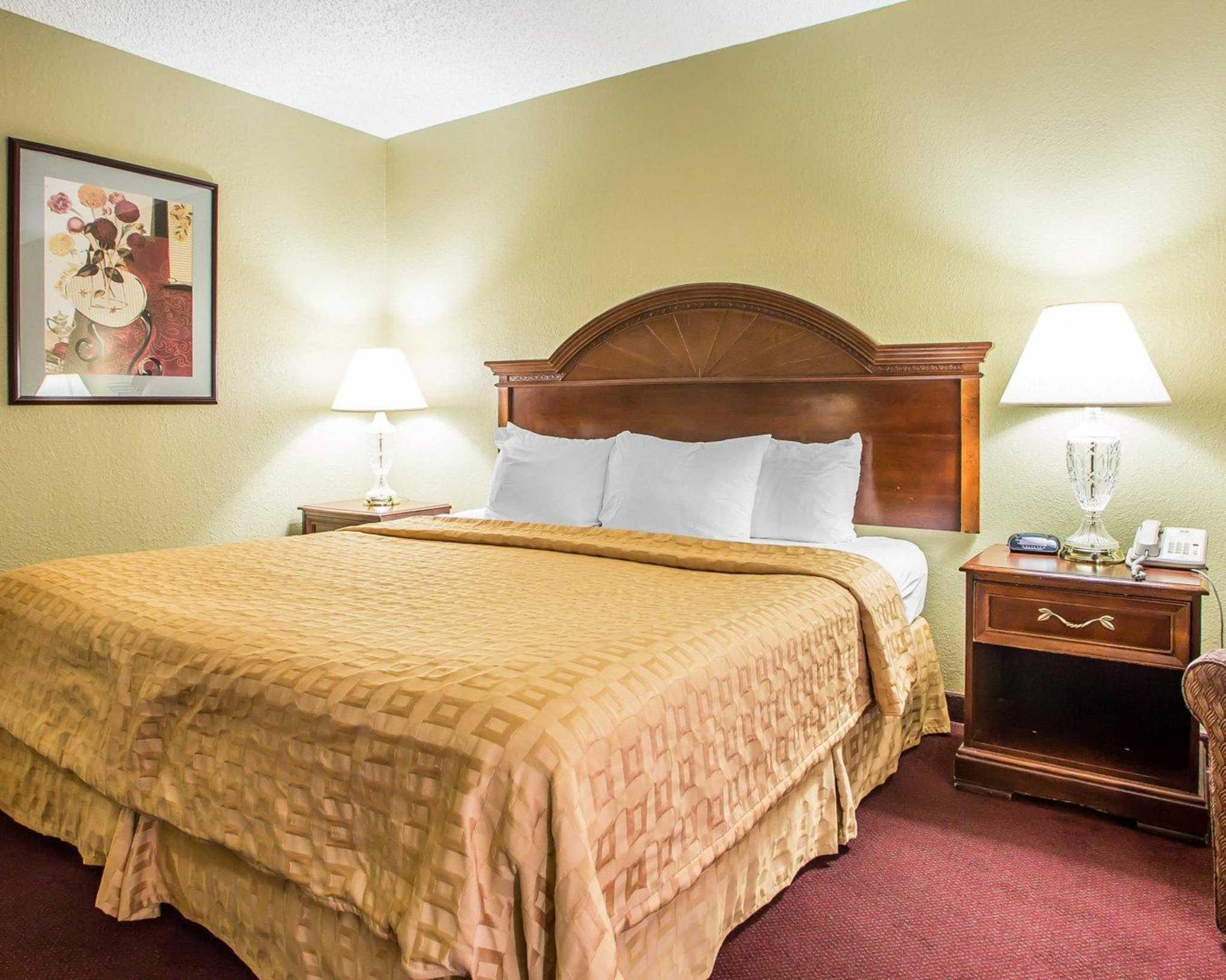Clarion Hotel Highlander Conference Center image 6