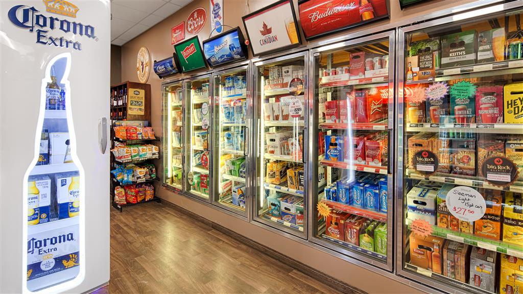 Best Western Marquis Inn & Suites in Prince Albert: Bailey s Cold Beer Wine Store