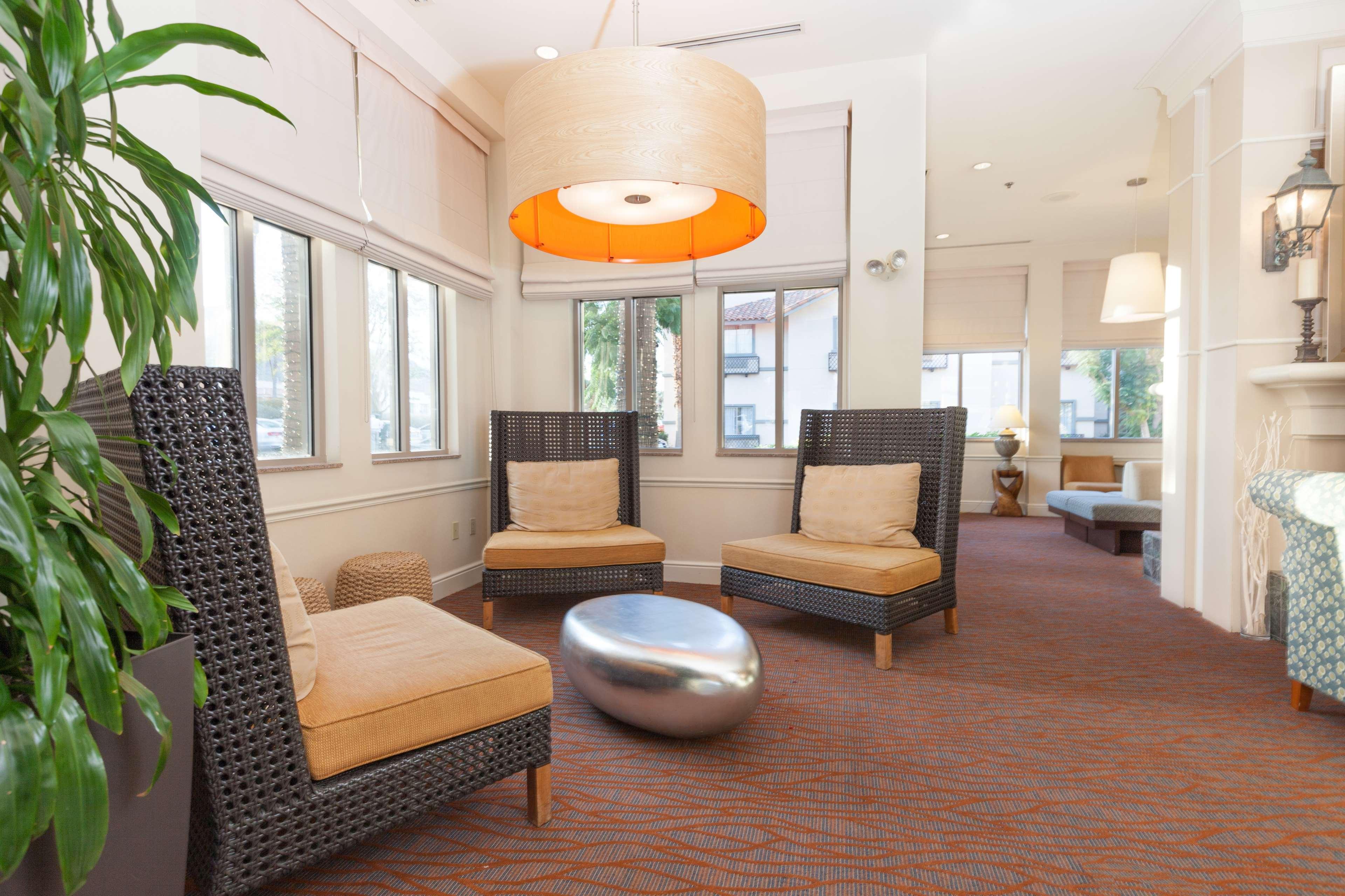 Hilton Garden Inn Palm Springs/Rancho Mirage image 5