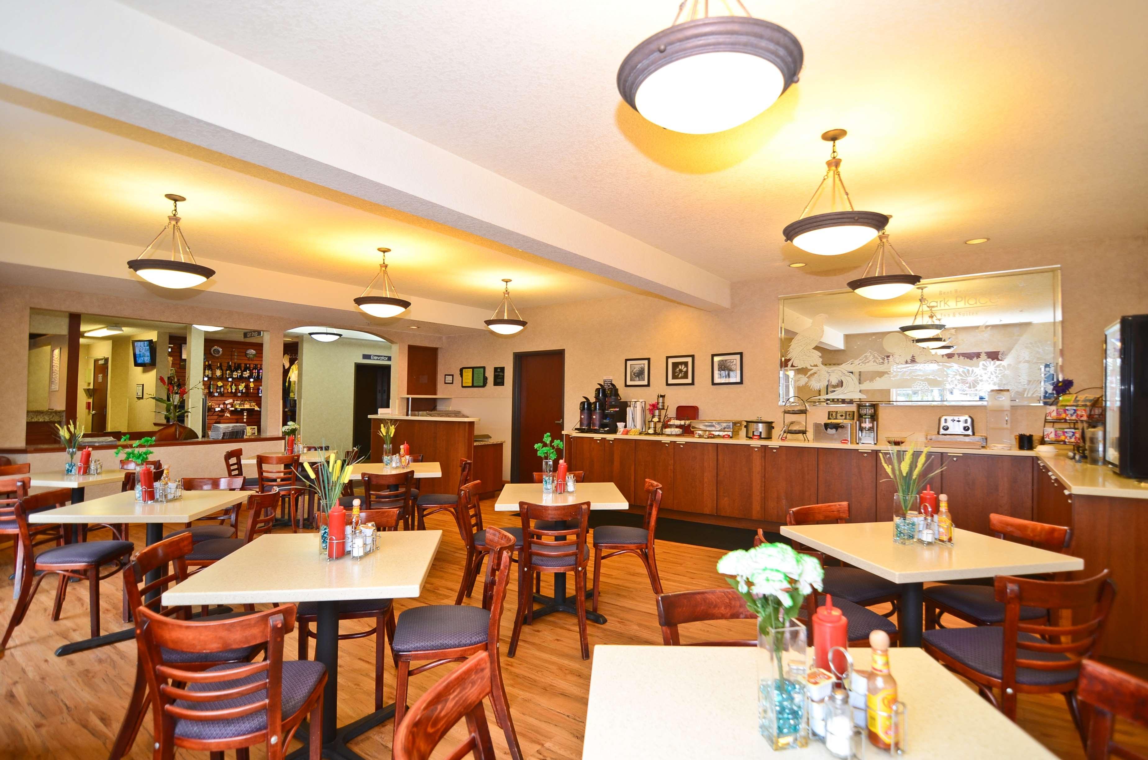 Best Western Plus Park Place Inn & Suites image 41