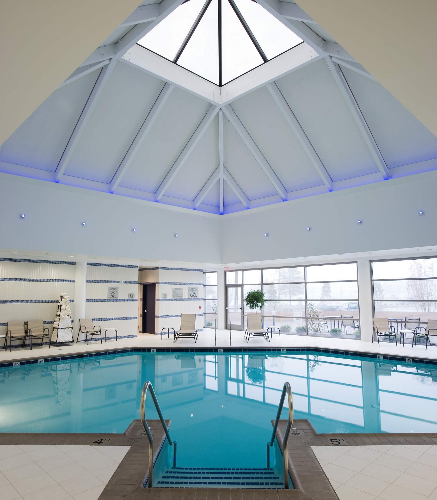 Delta Hotels by Marriott Chesapeake Indoor Pool