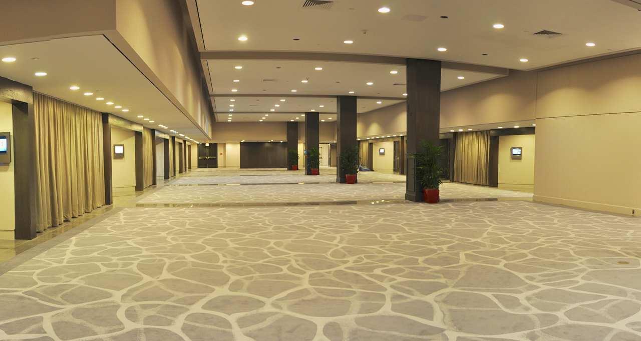 Hilton Miami Downtown image 1