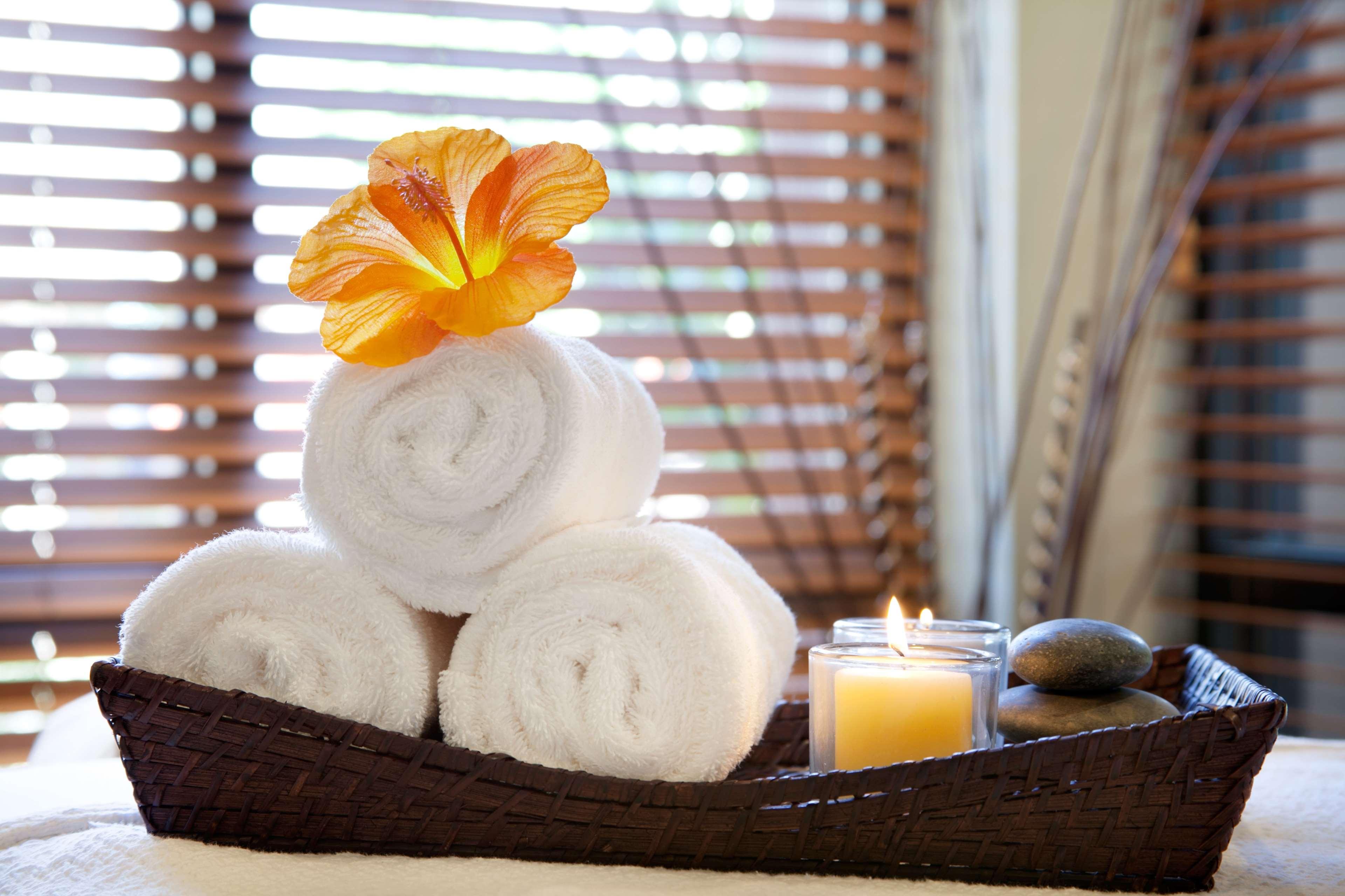 Embassy Suites by Hilton La Quinta Hotel & Spa image 36