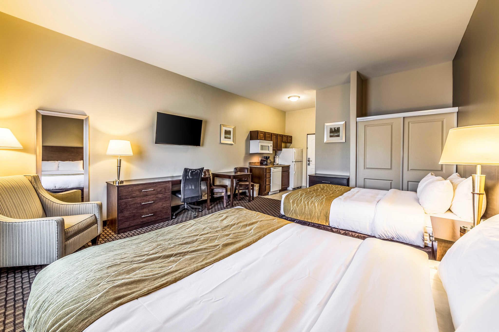 Comfort Inn & Suites Barnesville - Frackville image 9
