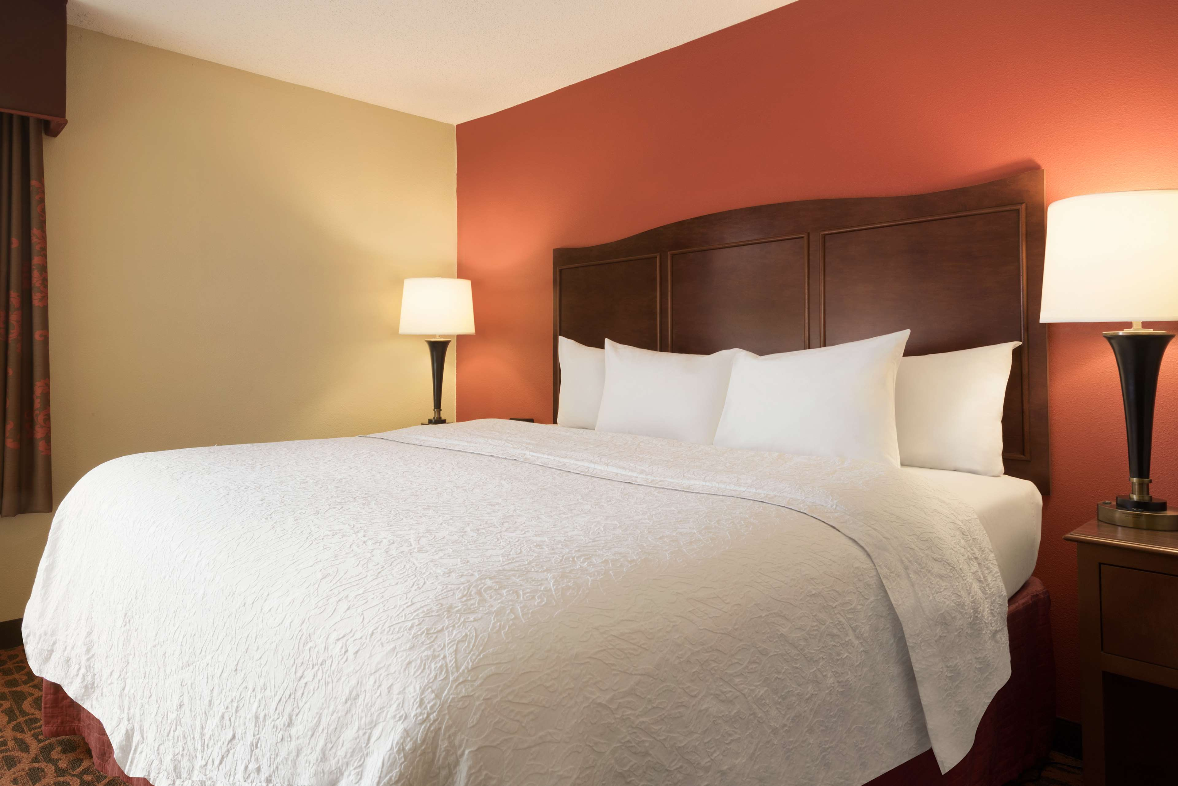 Hampton Inn Battle Creek image 12