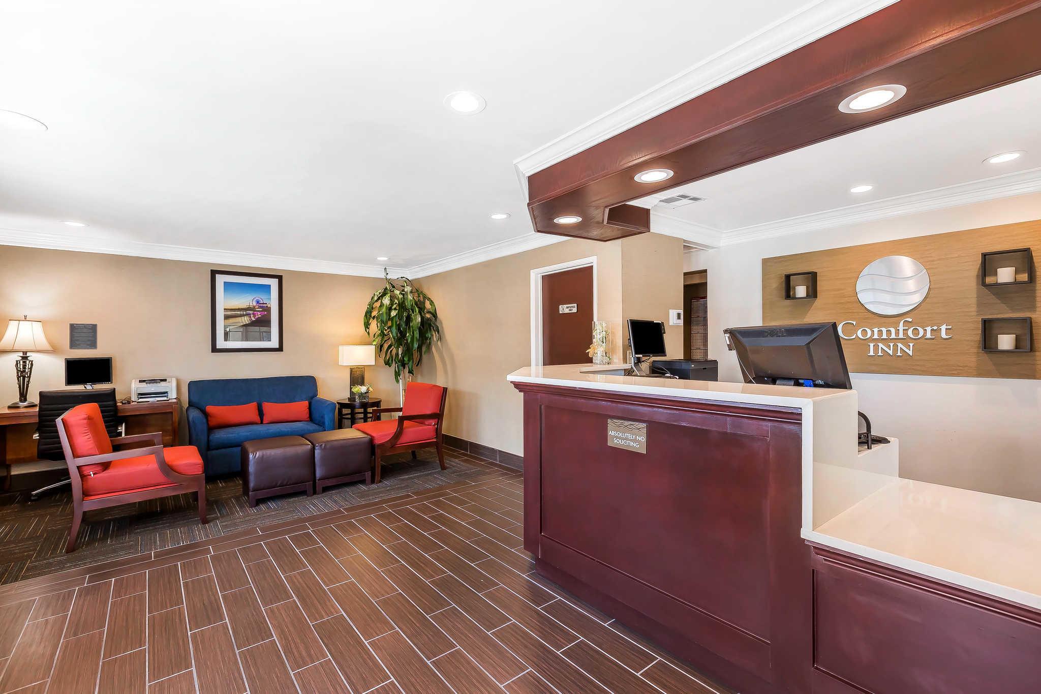 Comfort Inn Santa Monica - West Los Angeles image 6