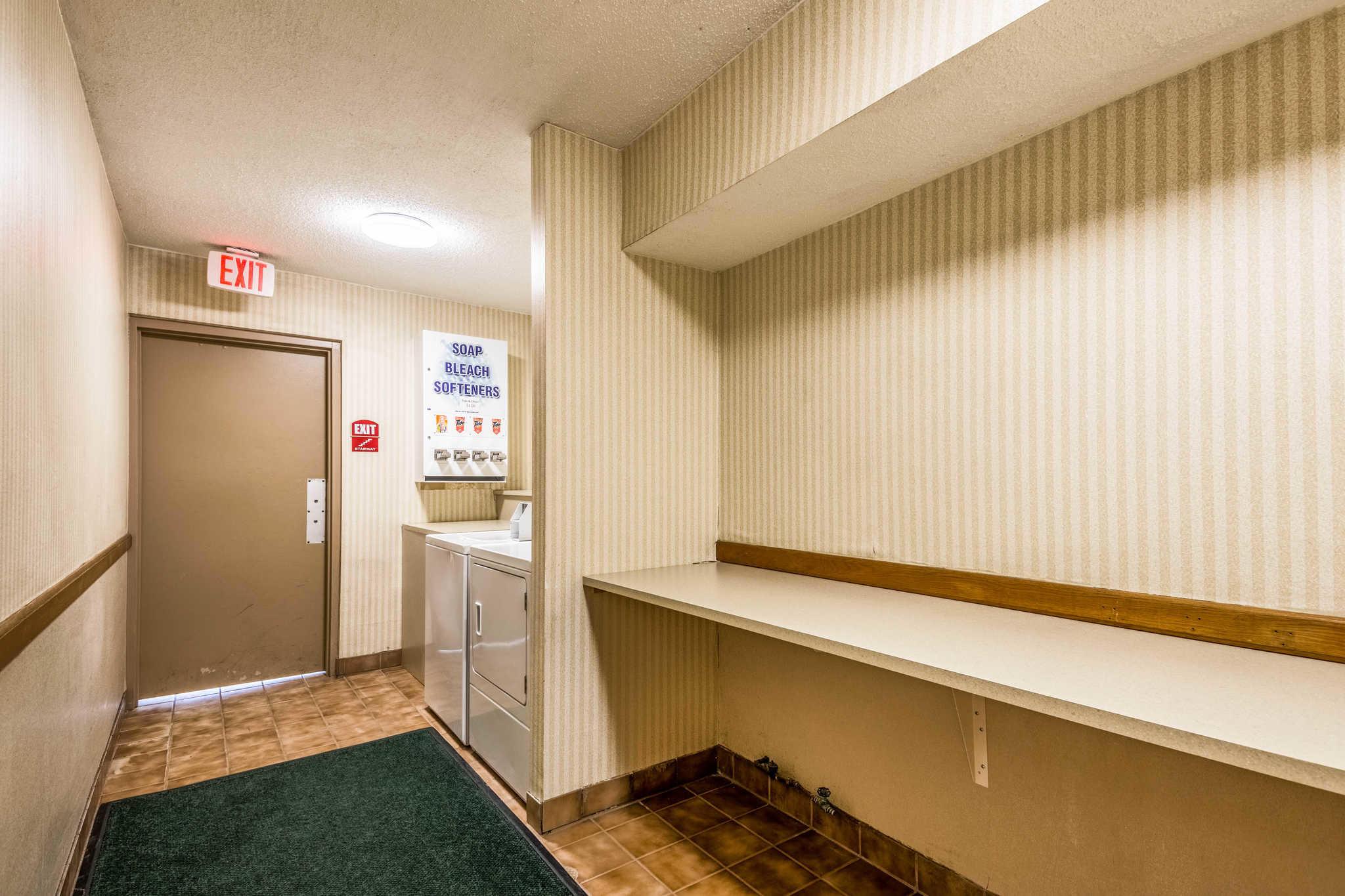 Quality Inn near Finger Lakes and Seneca Falls image 39