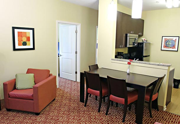 TownePlace Suites by Marriott Huntington image 10