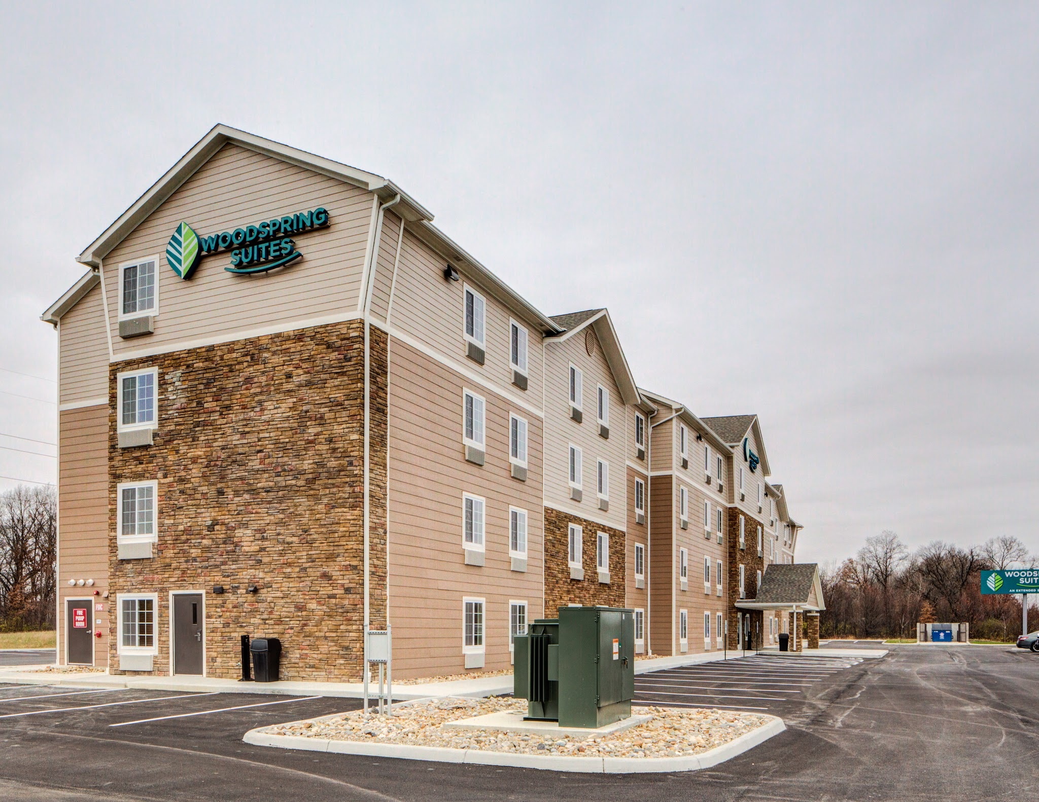 WoodSpring Suites Columbus NE I-270 image 0