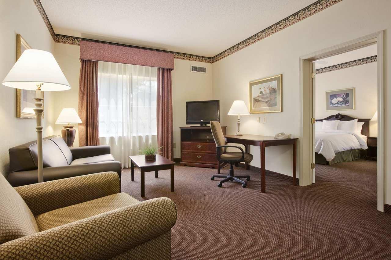 Homewood Suites by Hilton Charleston - Mt. Pleasant image 9