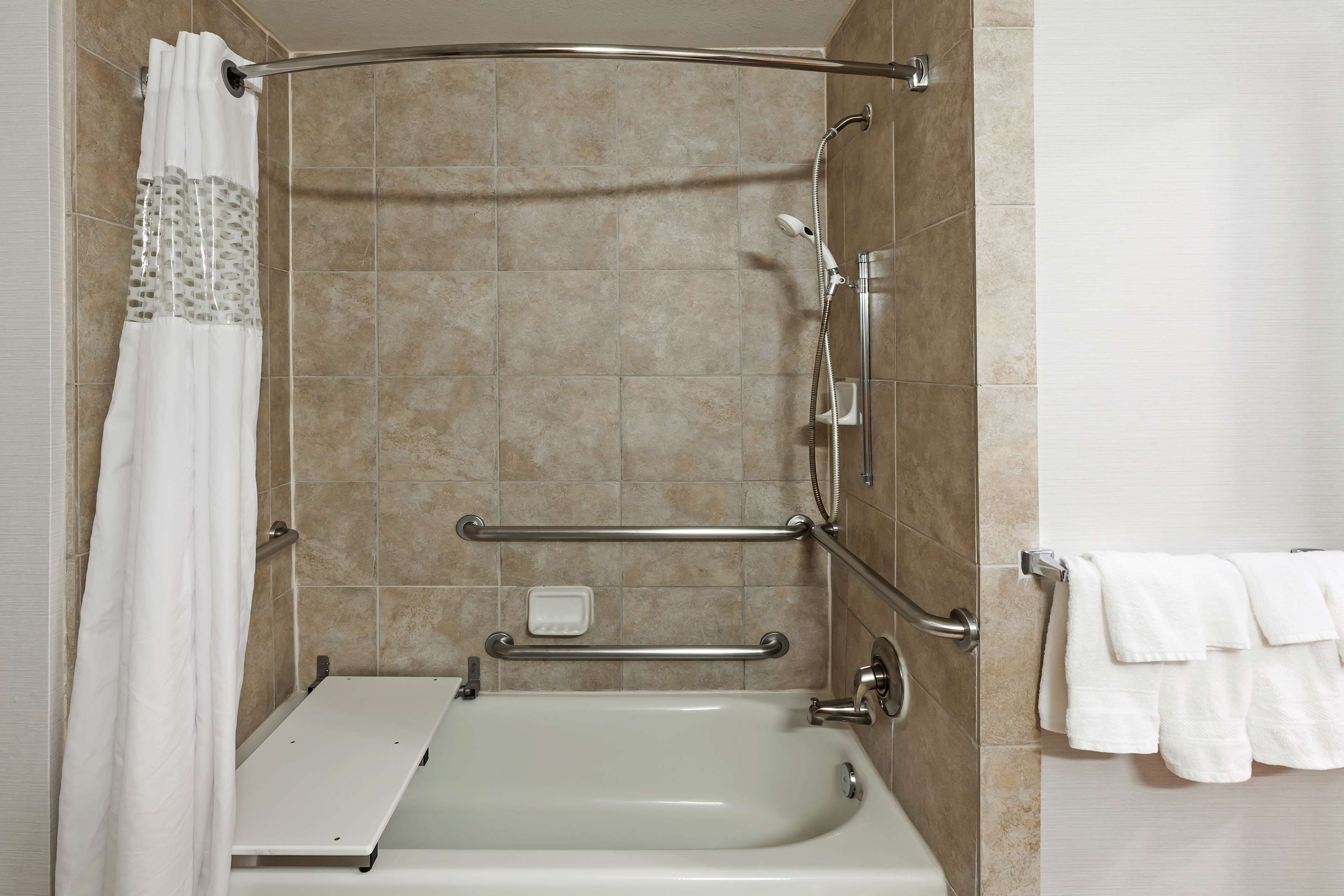 Hampton Inn & Suites Houston-Westchase image 23