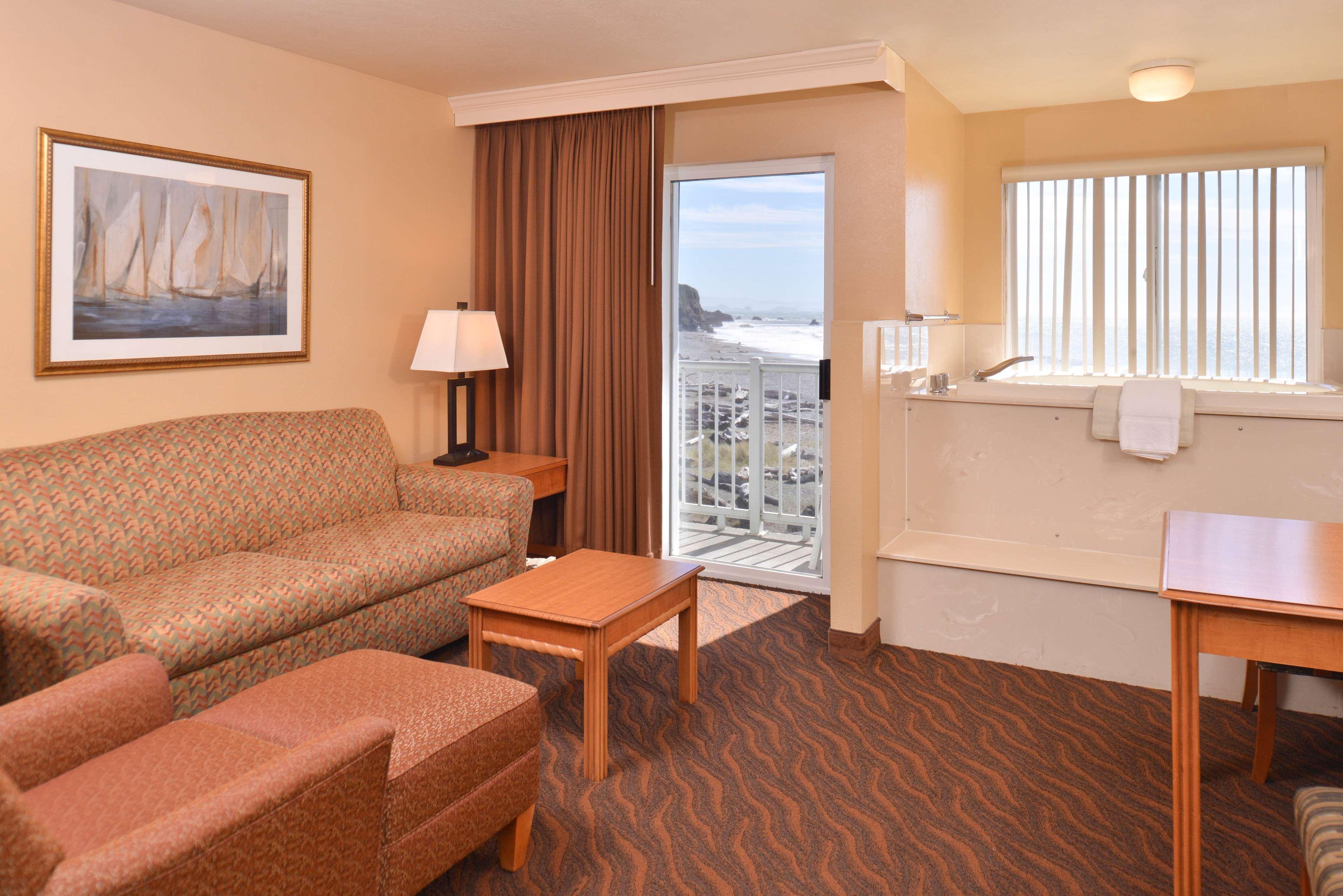 Best Western Beachfront Inn image 7
