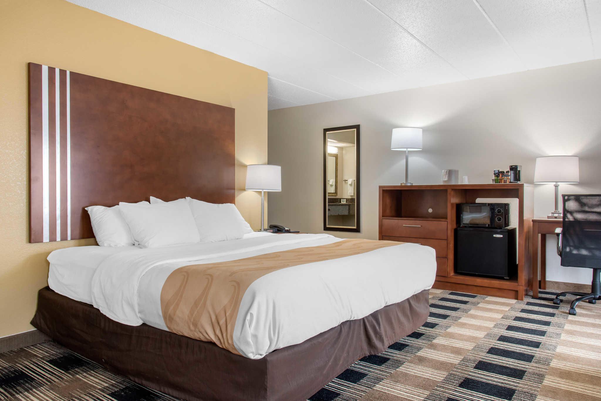 Quality Inn image 39