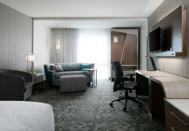 Courtyard by Marriott Omaha Bellevue at Beardmore Event Center