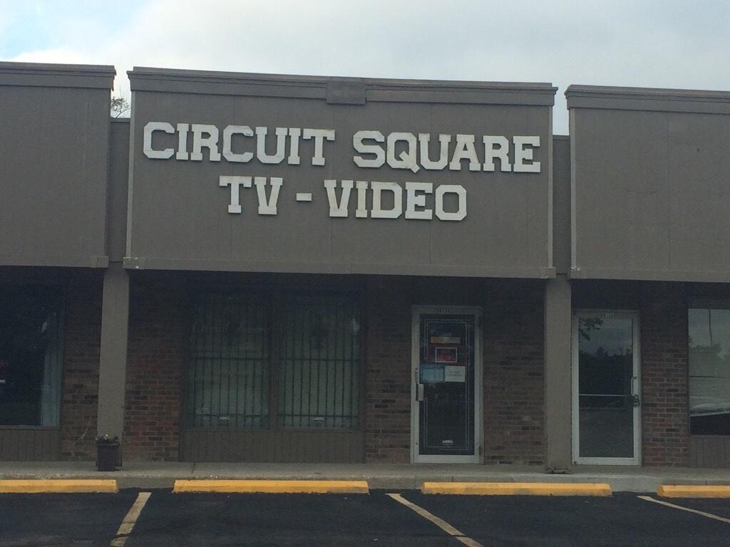 Circuit Square TV image 5
