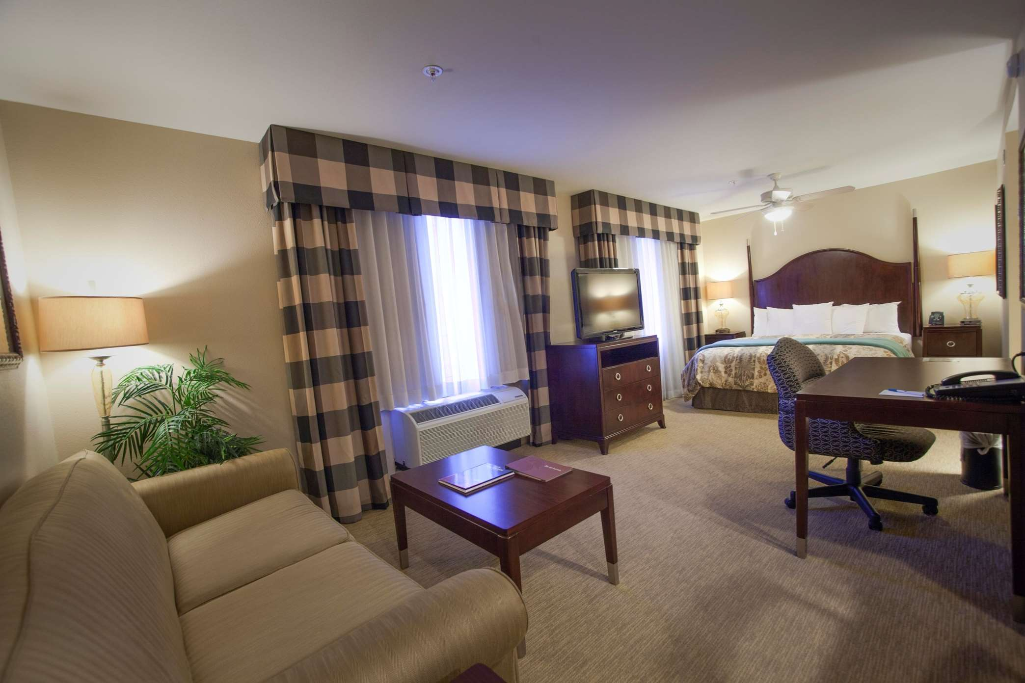 Homewood Suites by Hilton Albuquerque Airport image 6