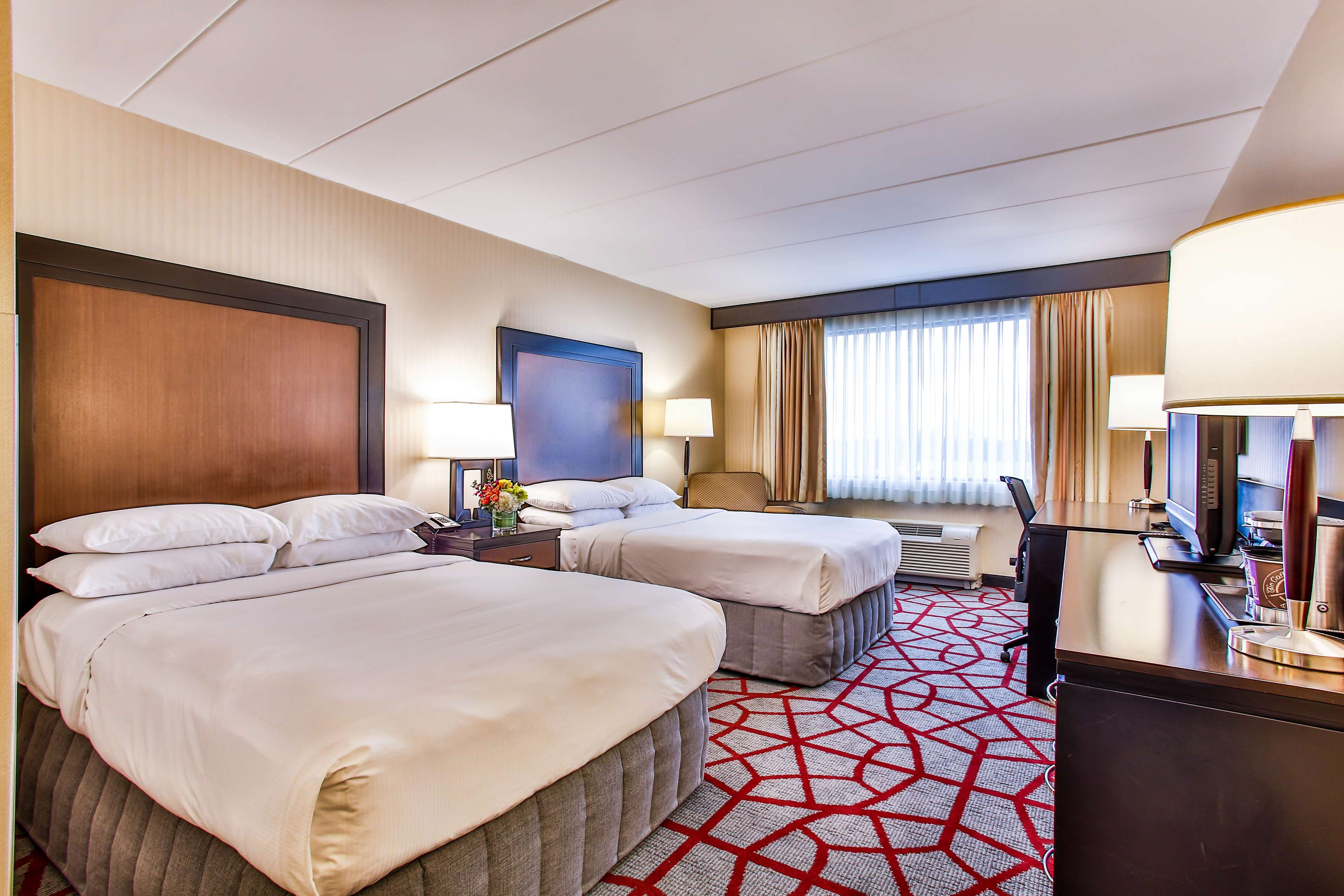 DoubleTree by Hilton Hotel Chicago - Alsip image 11