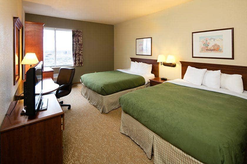 Baymont Inn & Suites Albuquerque Airport image 2