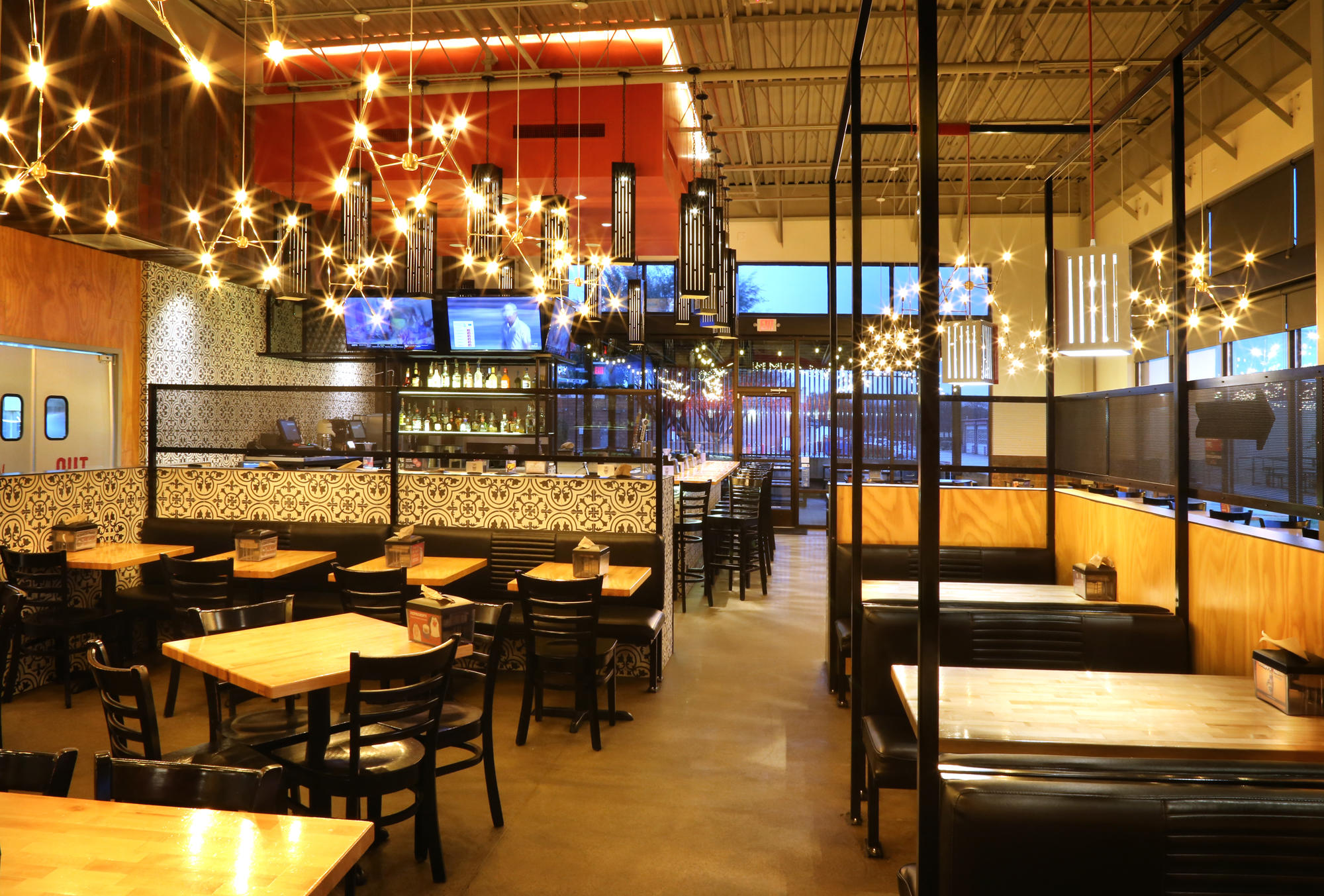 Torchy's Tacos image 7