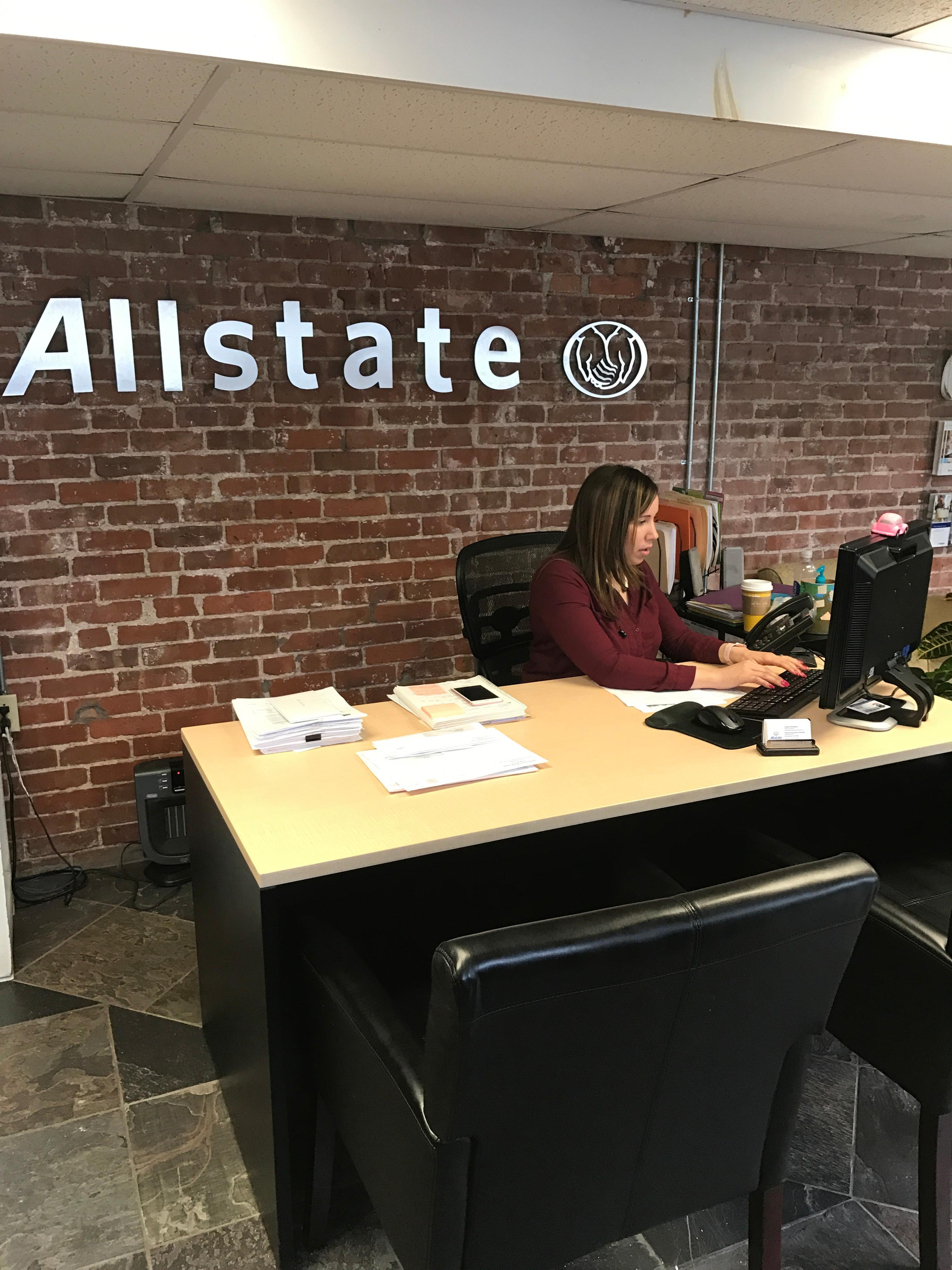 Allstate Insurance Agent Kiona Guzman In Providence RI