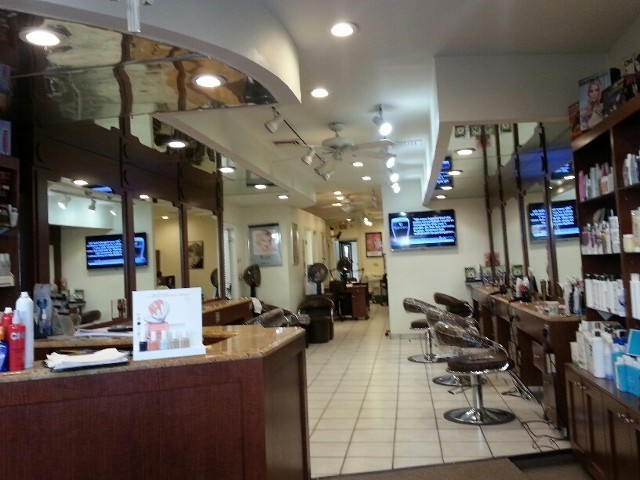 Town & Country Hairdressers image 5