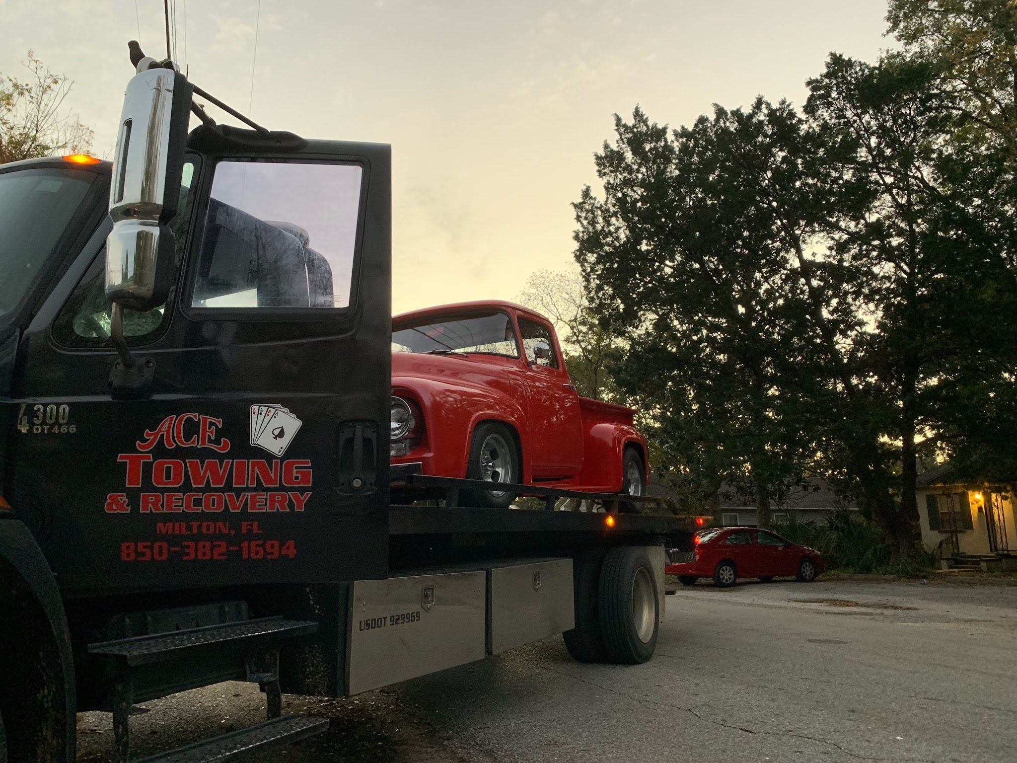Ace Towing & Recovery image 0