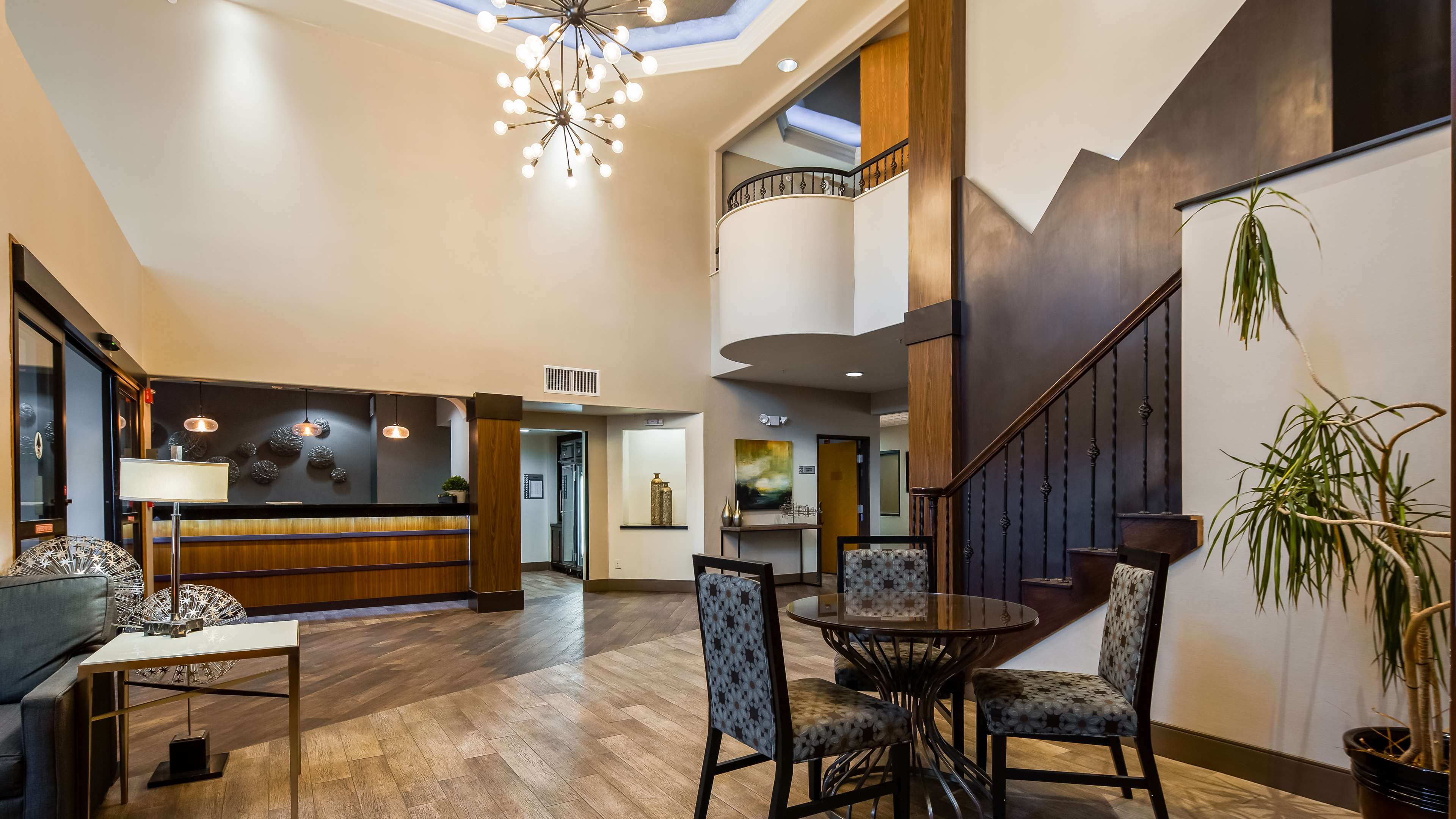 Best Western Plus Hill Country Suites image 2