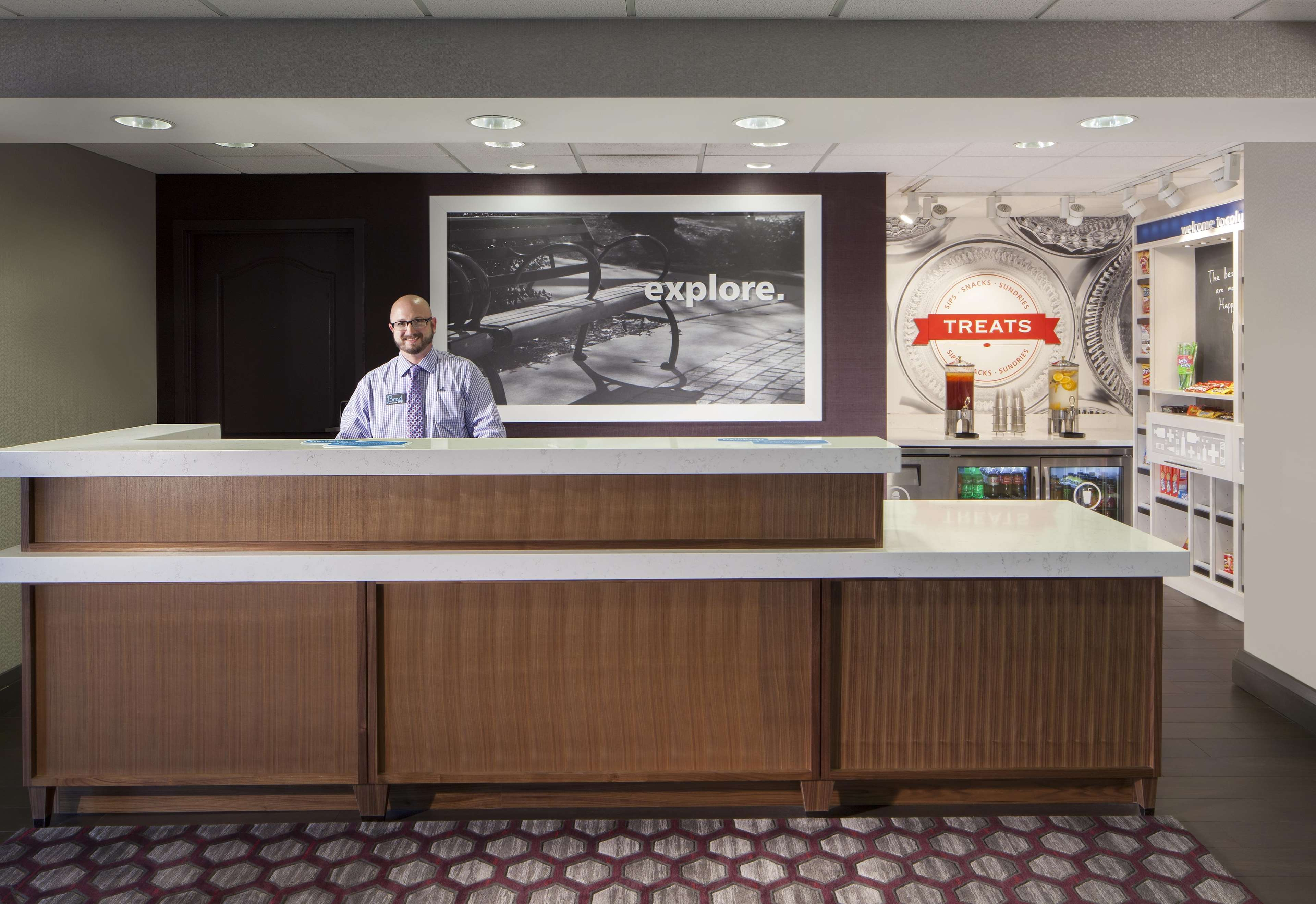Hampton Inn & Suites Columbus-Easton Area image 6