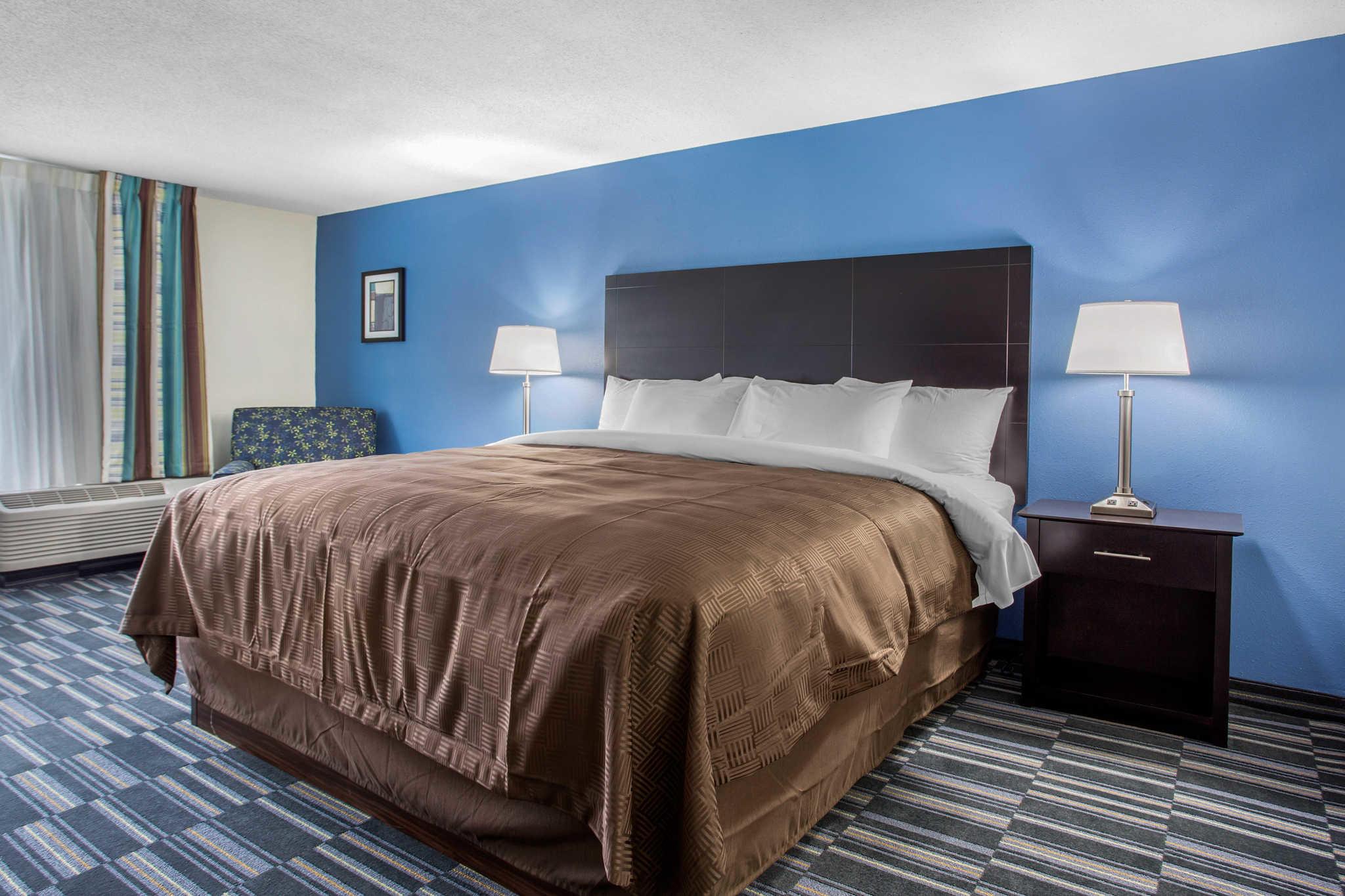 Clarion Inn & Suites image 18