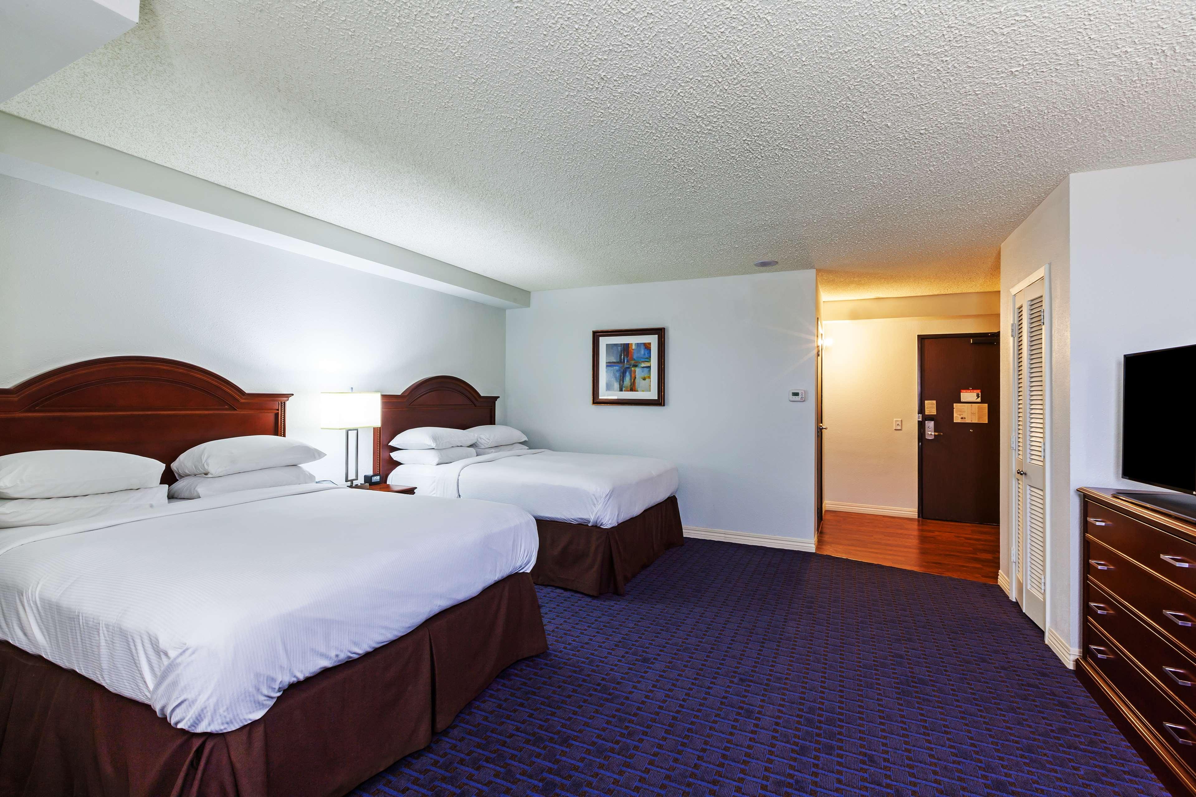 Hilton Waco image 34