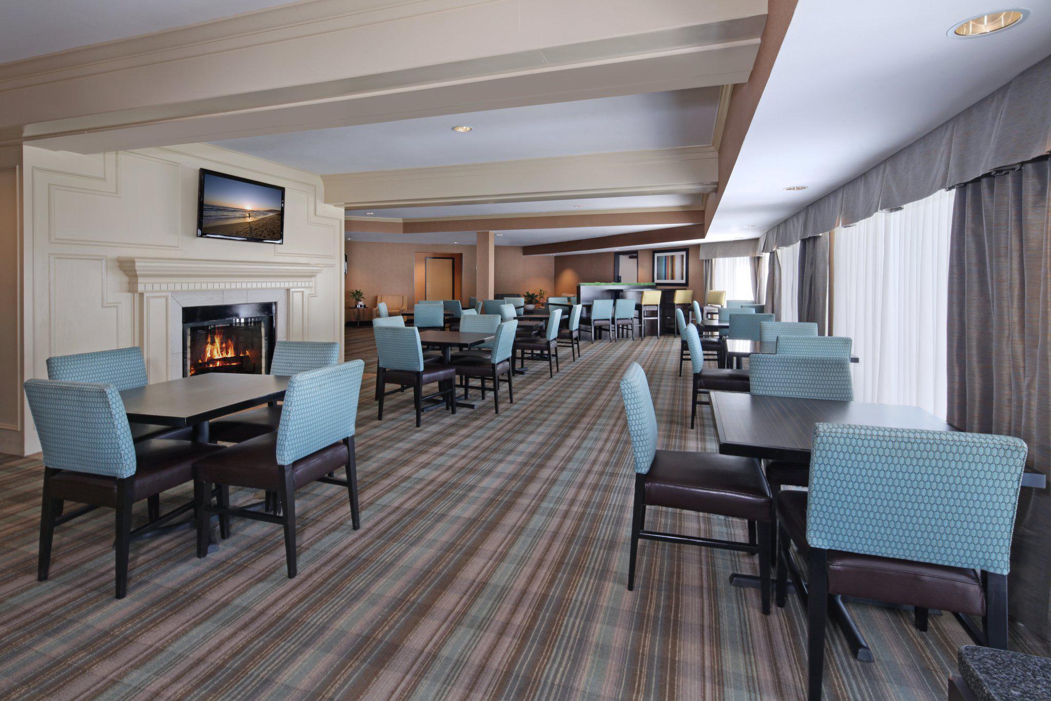 Holiday Inn Express Port Hueneme, an IHG Hotel