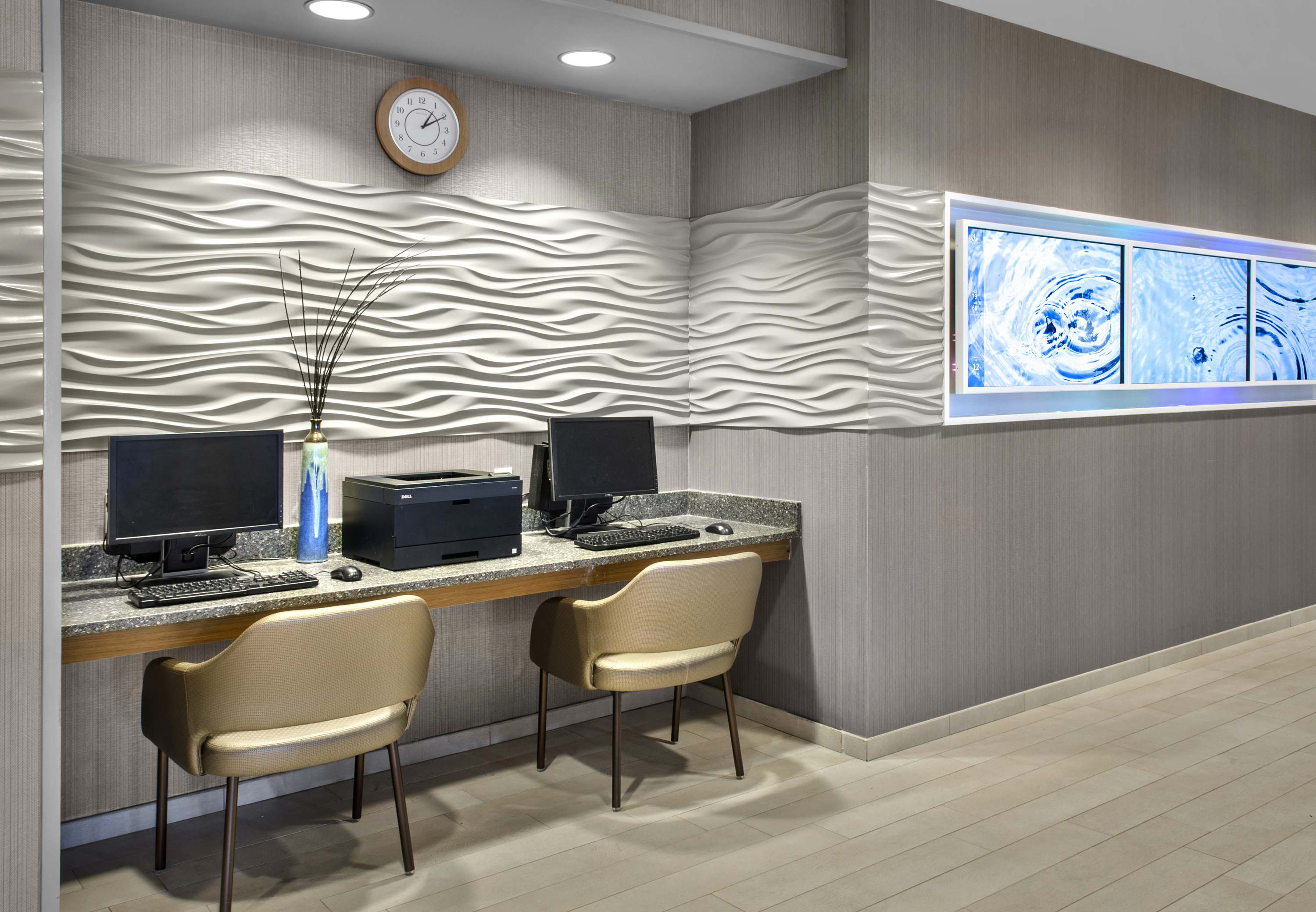 SpringHill Suites by Marriott Long Island Brookhaven image 7