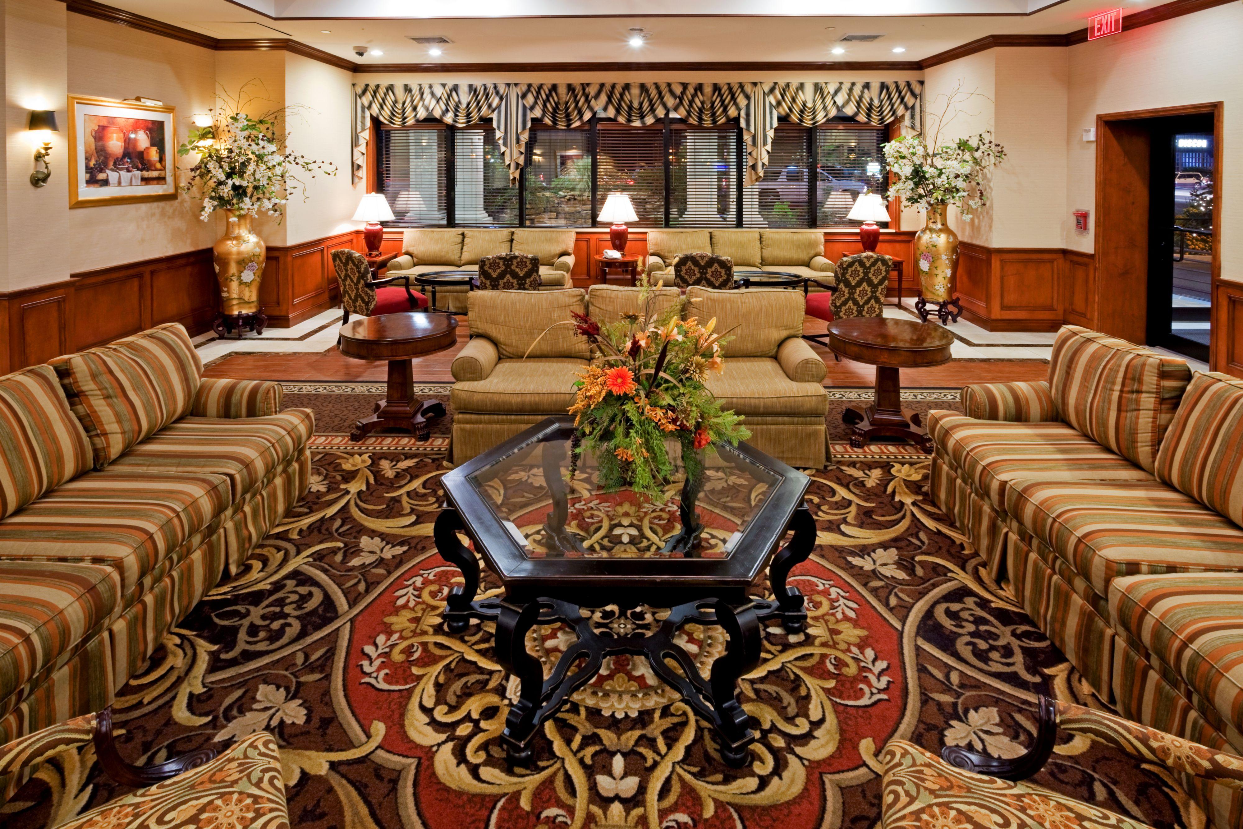 Holiday Inn Express Lynbrook - Rockville Centre image 4