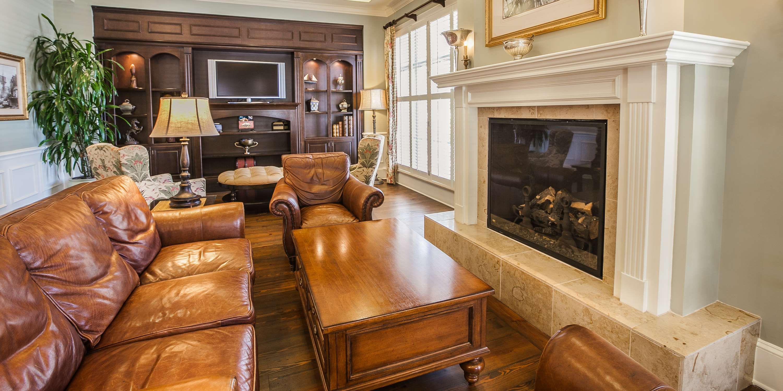 Hampton Inn & Suites Savannah Historic District image 9