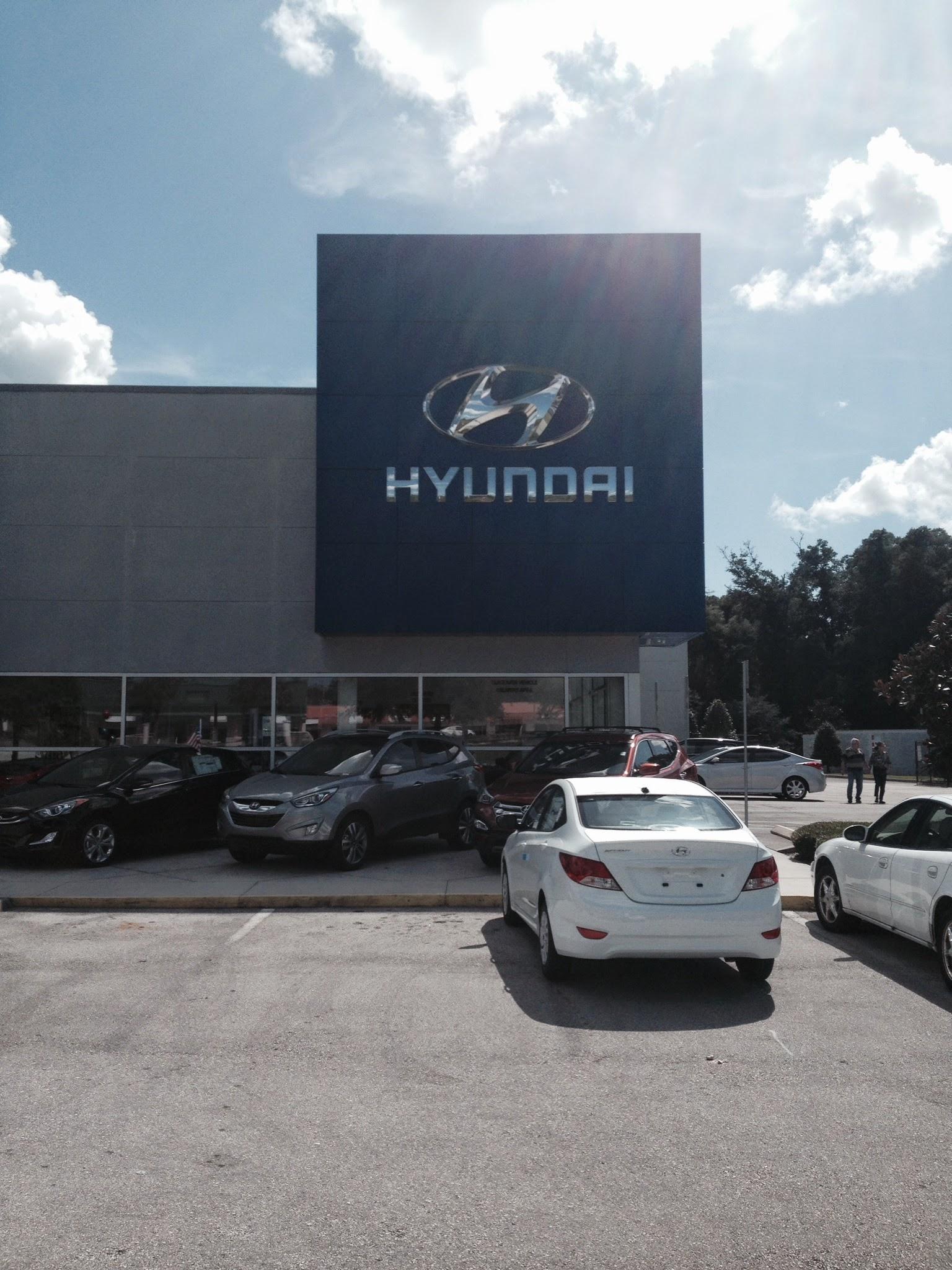 Coggin Deland Hyundai image 9