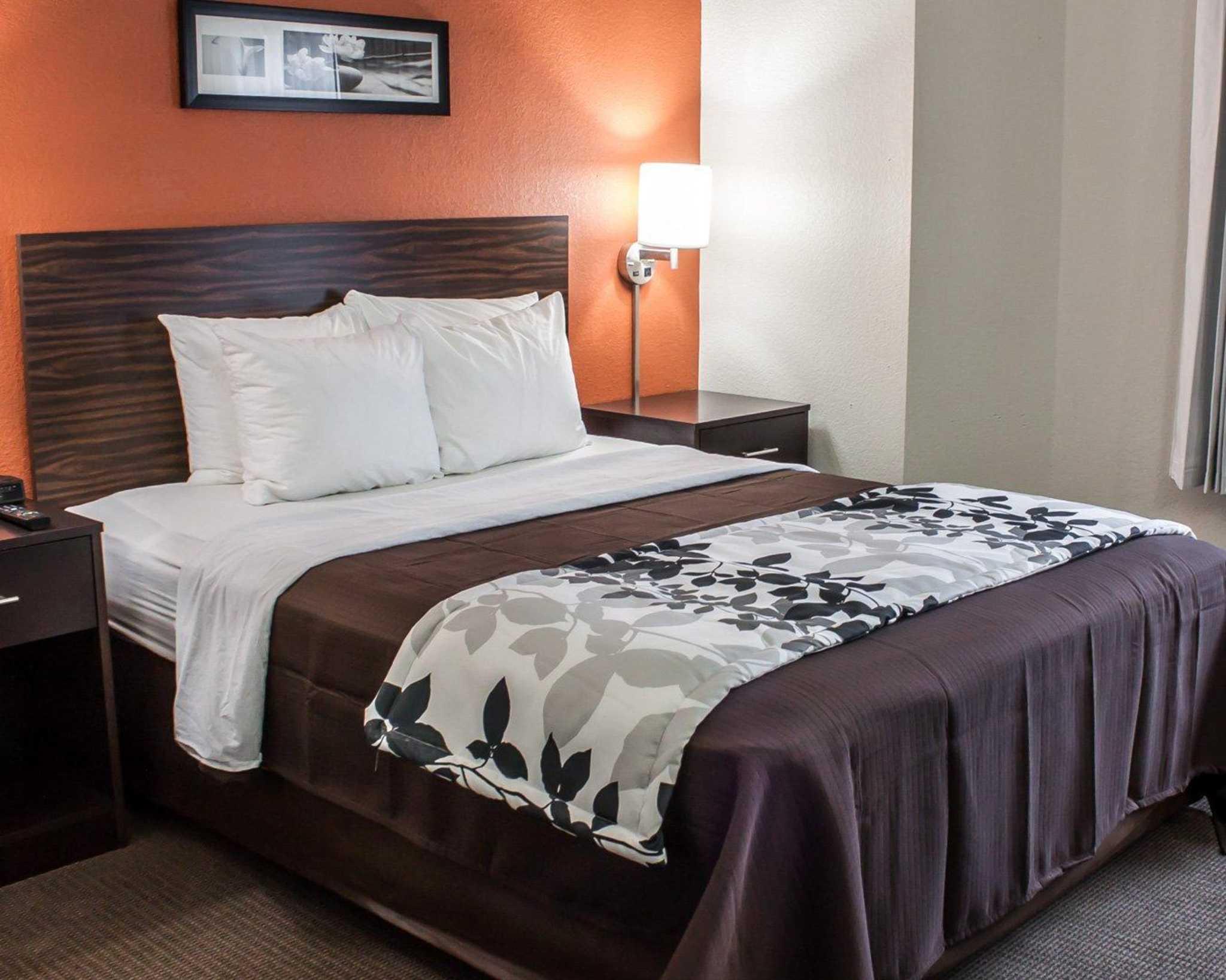 Sleep Inn Arlington Near Six Flags image 0