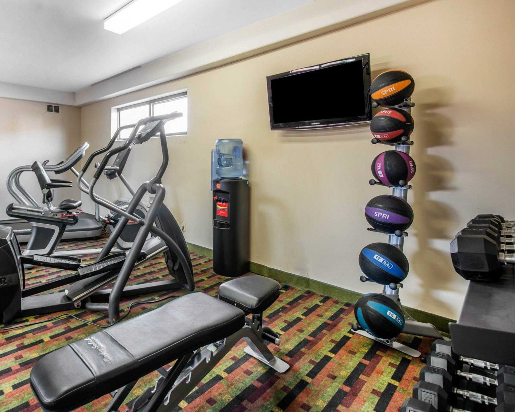 Quality Inn Colorado Springs Airport image 24