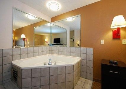 Quality Inn - ad image