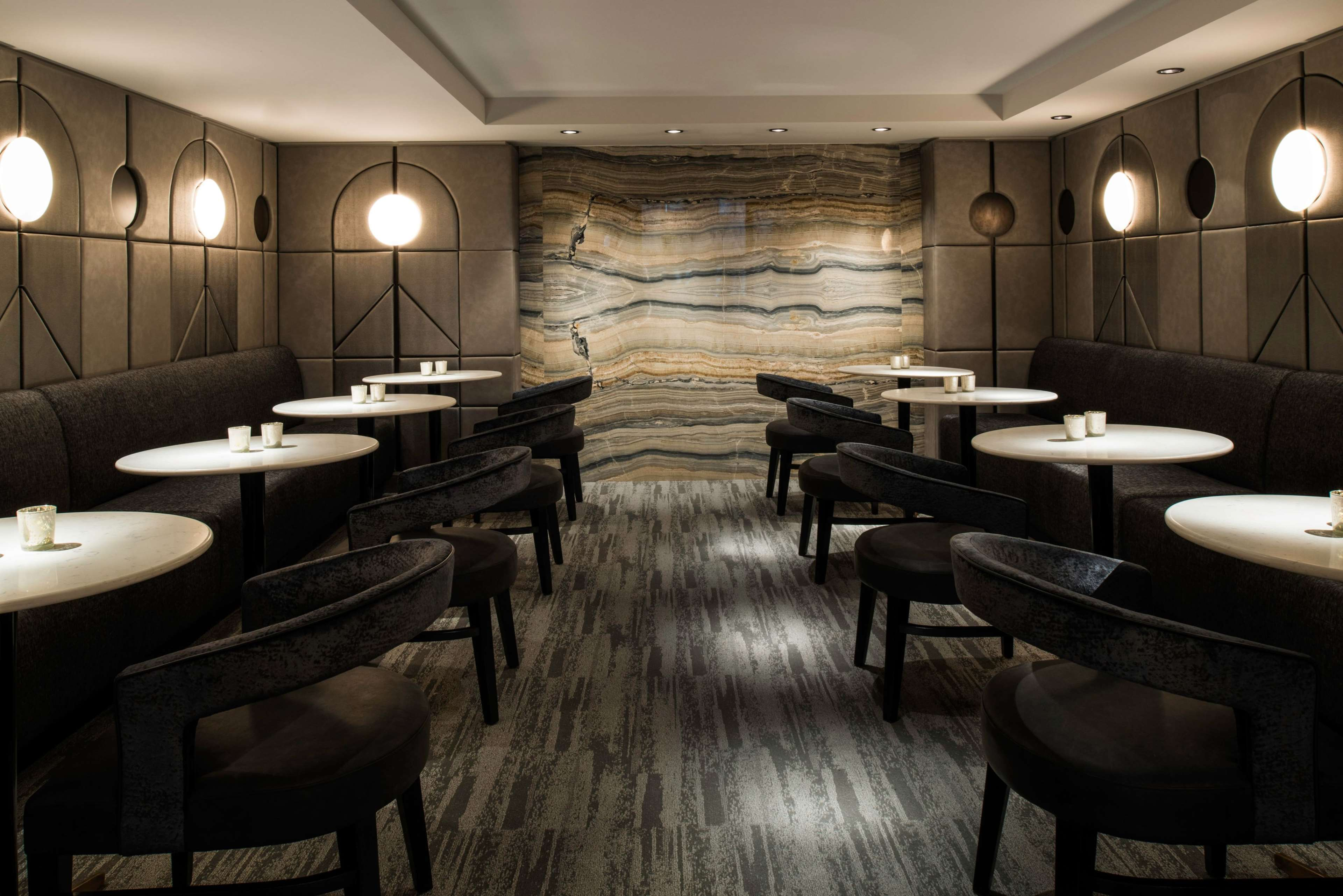 LondonHouse Chicago, Curio Collection by Hilton image 44