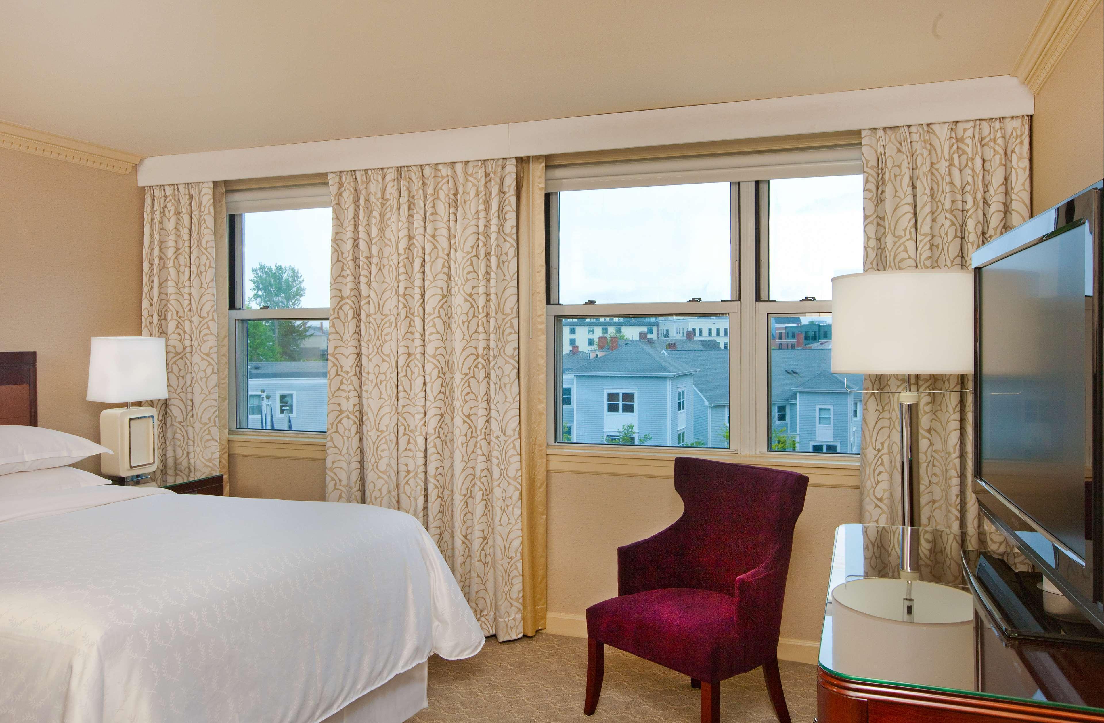 Sheraton Portsmouth Harborside Hotel image 21