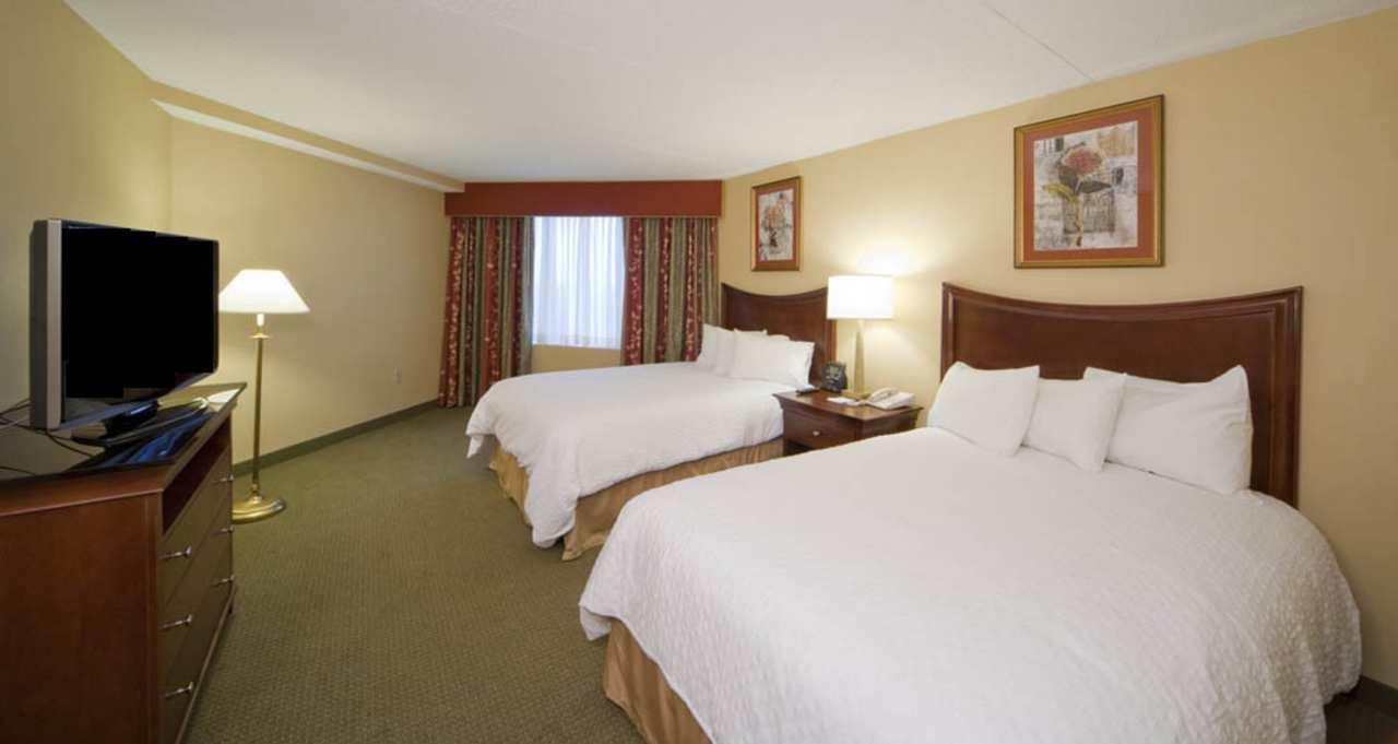 Embassy Suites by Hilton Detroit Troy Auburn Hills image 26