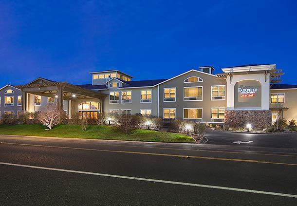 Fairfield Inn & Suites by Marriott Santa Rosa Sebastopol image 1