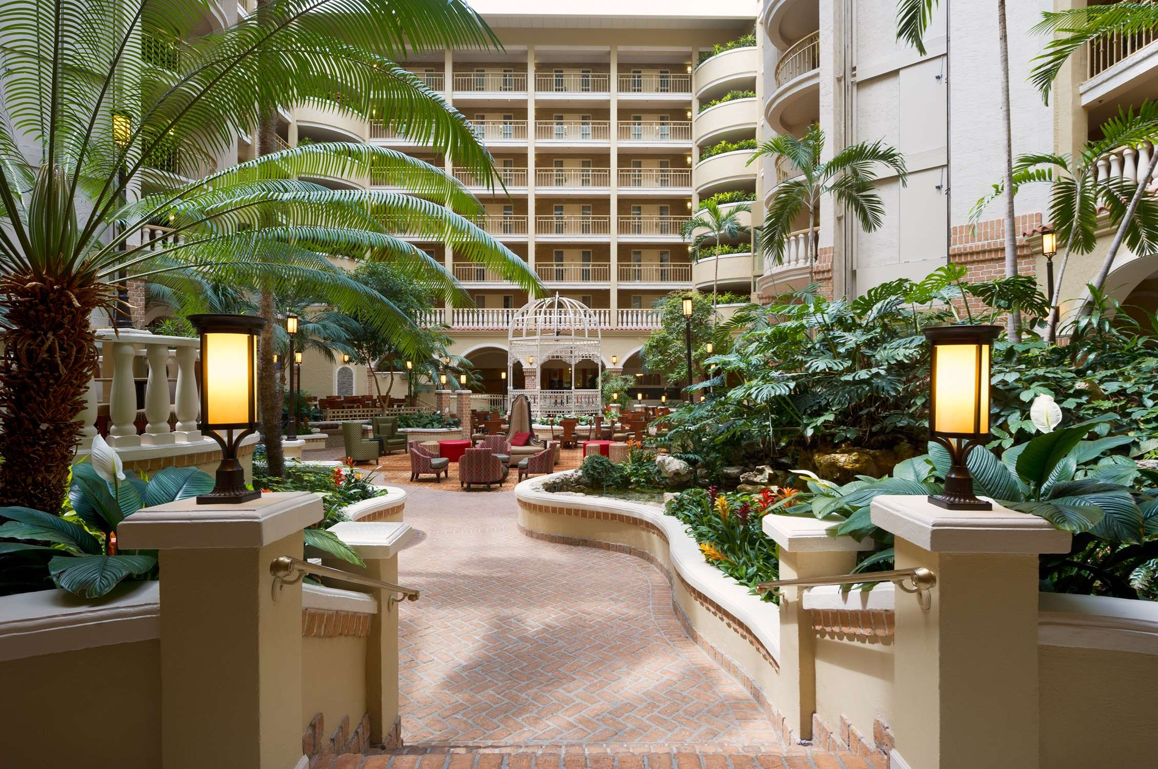 Embassy Suites by Hilton Orlando North image 16