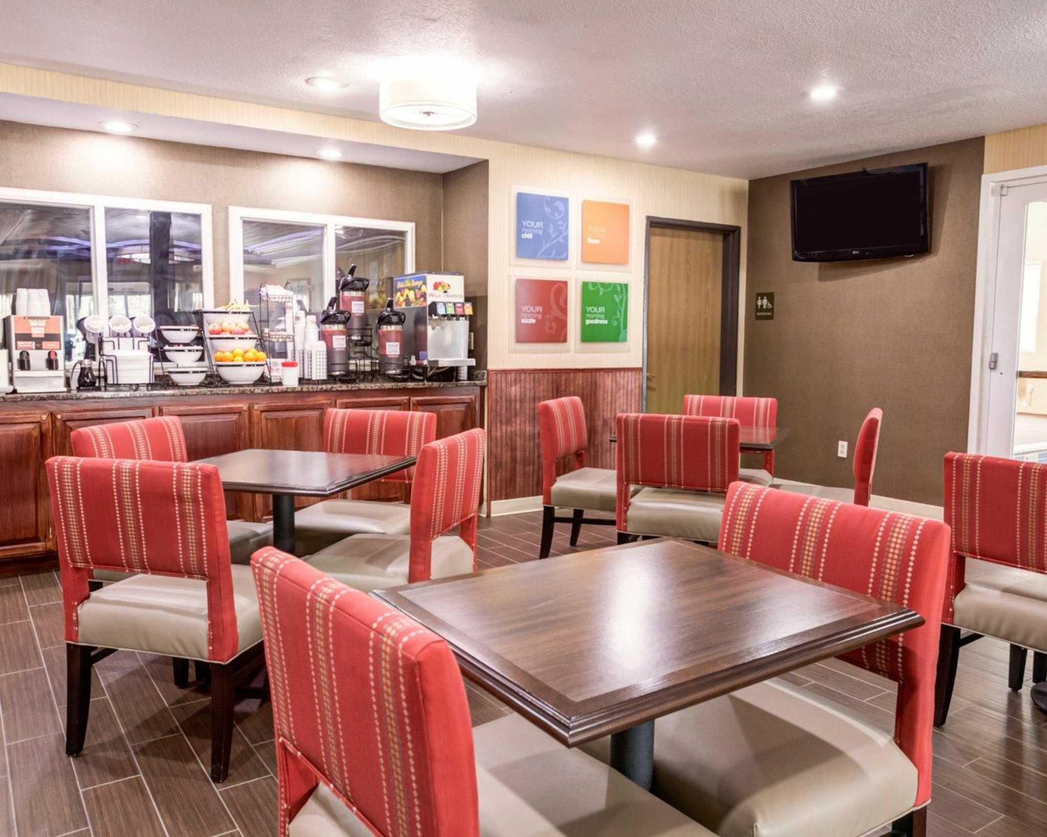 Comfort Inn Kearney - Liberty image 17