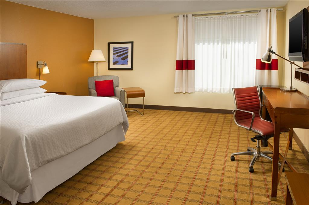 Four Points by Sheraton Jacksonville Baymeadows image 6