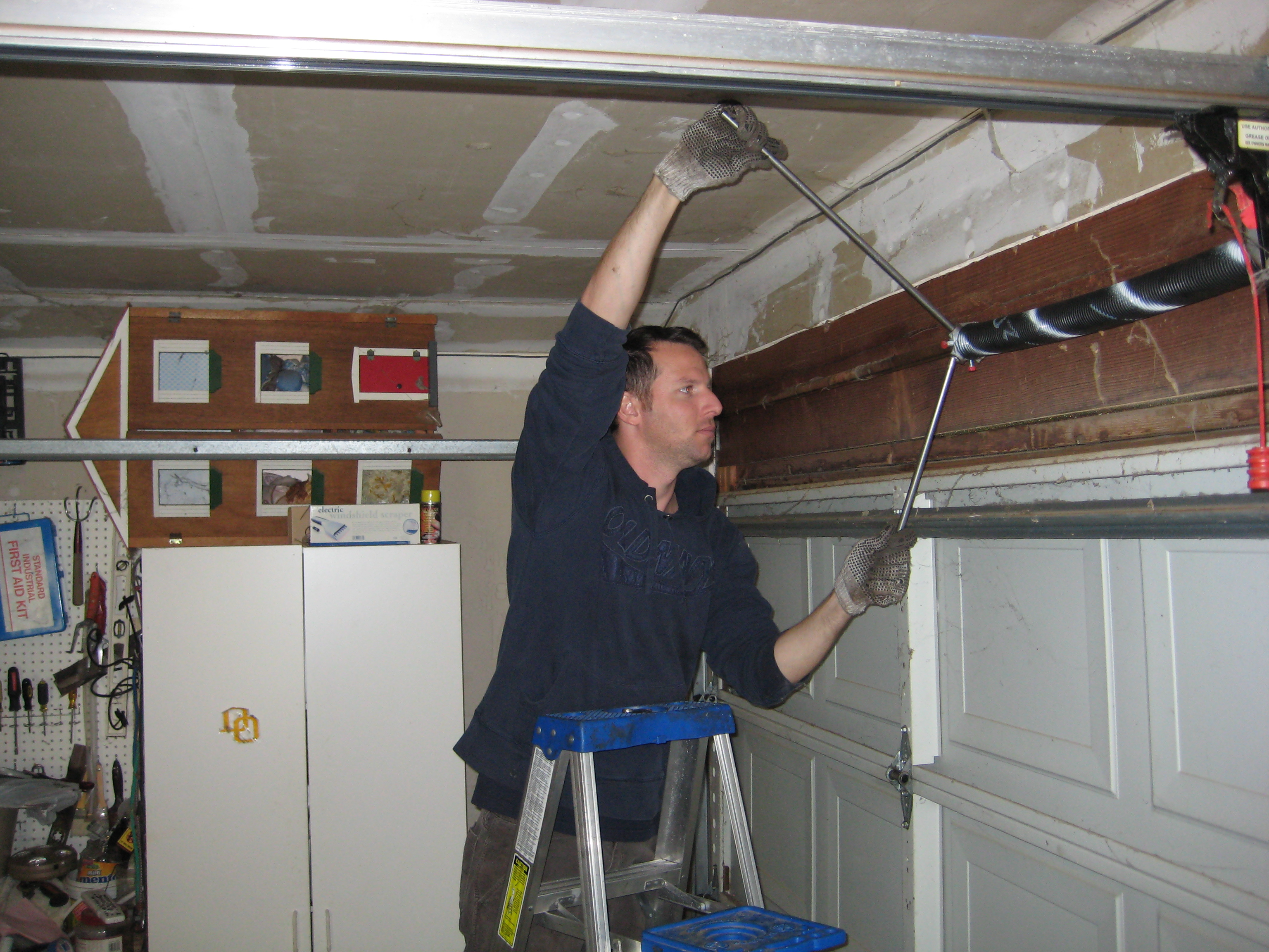 Garage door cowboys chicago in chicago il 773 904 2 for Chicago garage door repair chicago il