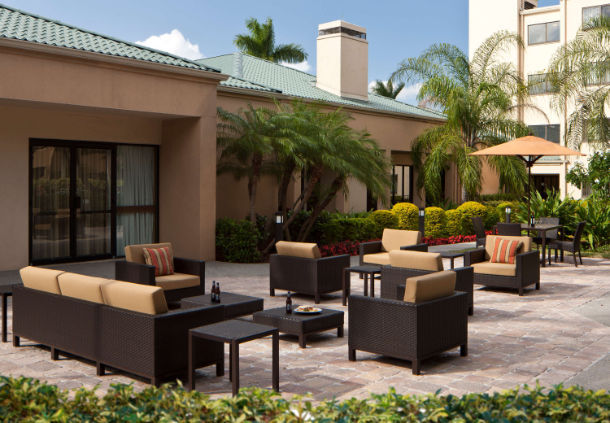 Courtyard by Marriott Miami Airport West/Doral image 2